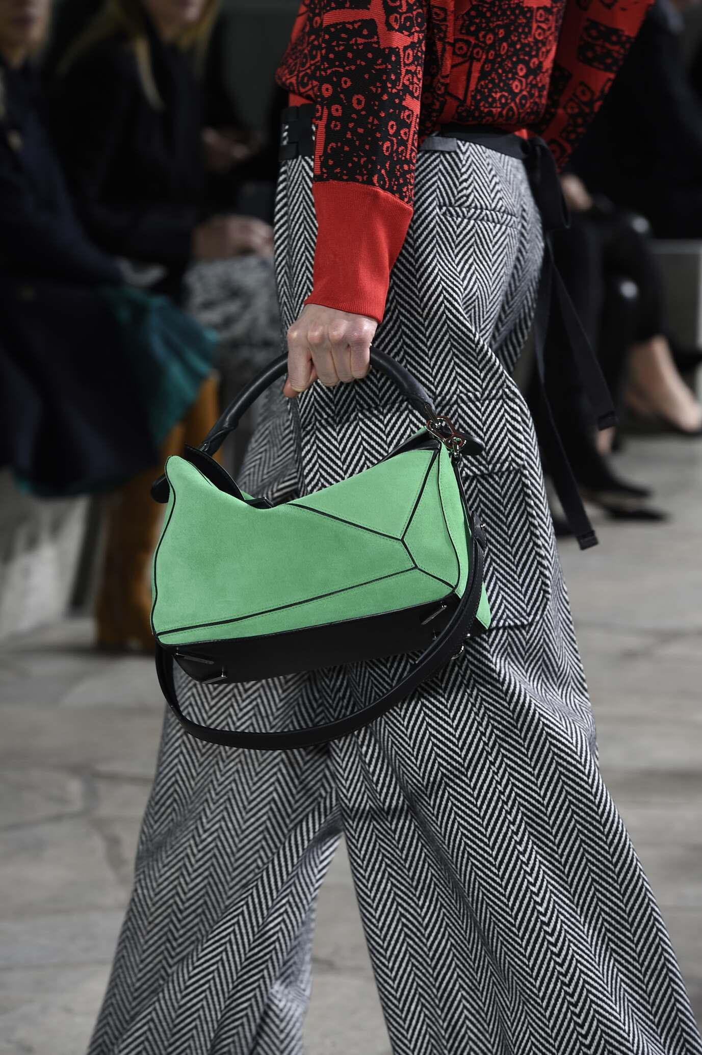 Catwalk Loewe Bag Detail Fall Winter 2015 16 Women's Collection Paris Fashion Week