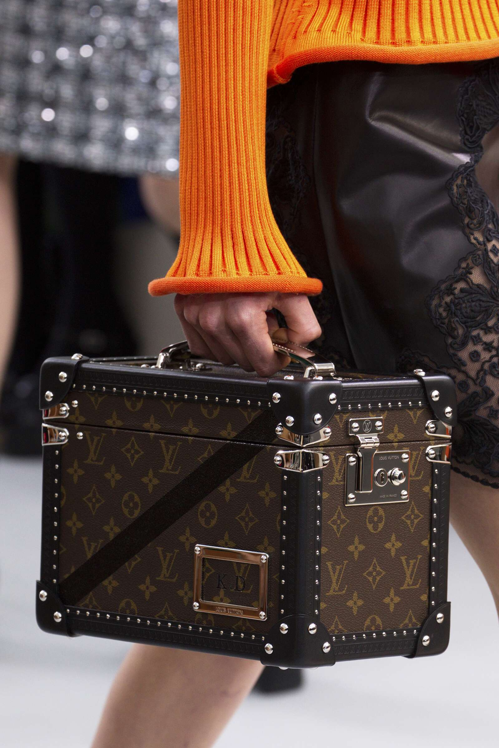 Catwalk Louis Vuitton Bag Details Fall Winter 2015 16 Women's Collection Paris Fashion Week