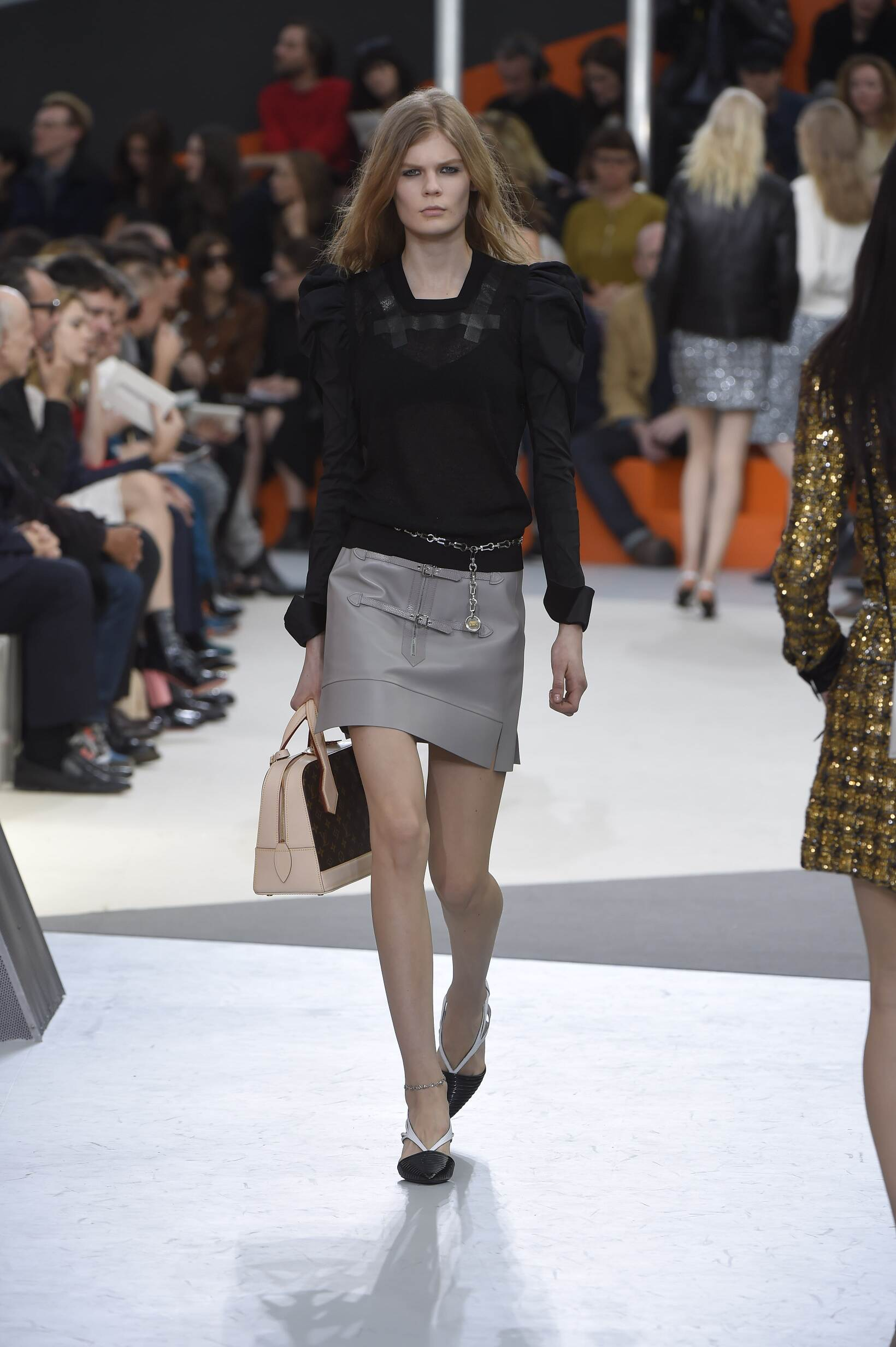 Catwalk Louis Vuitton Fall Winter 2015 16 Women's Collection Paris Fashion Week