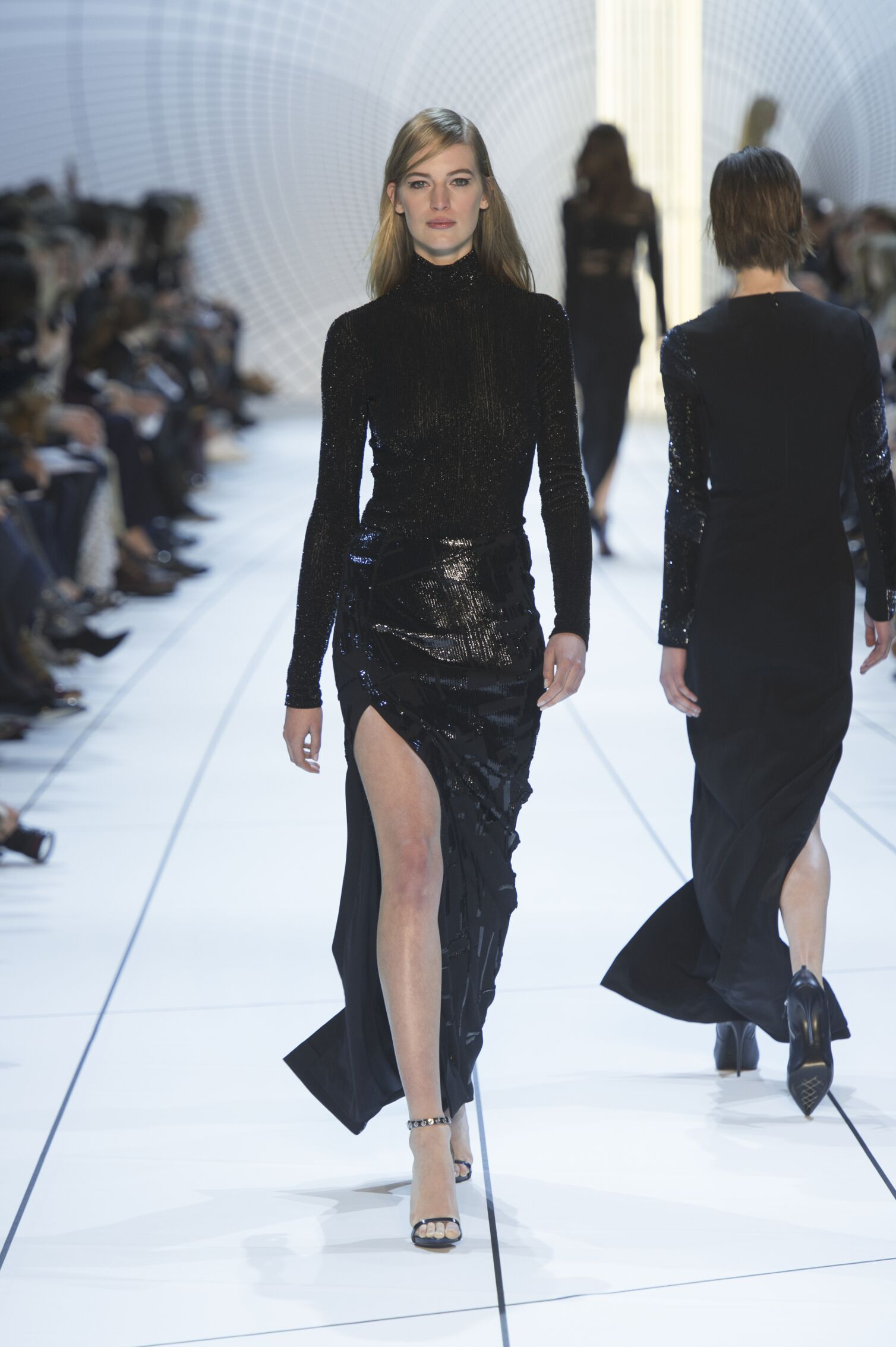 Catwalk Mugler Fall Winter 2015 16 Women's Collection Paris Fashion Week