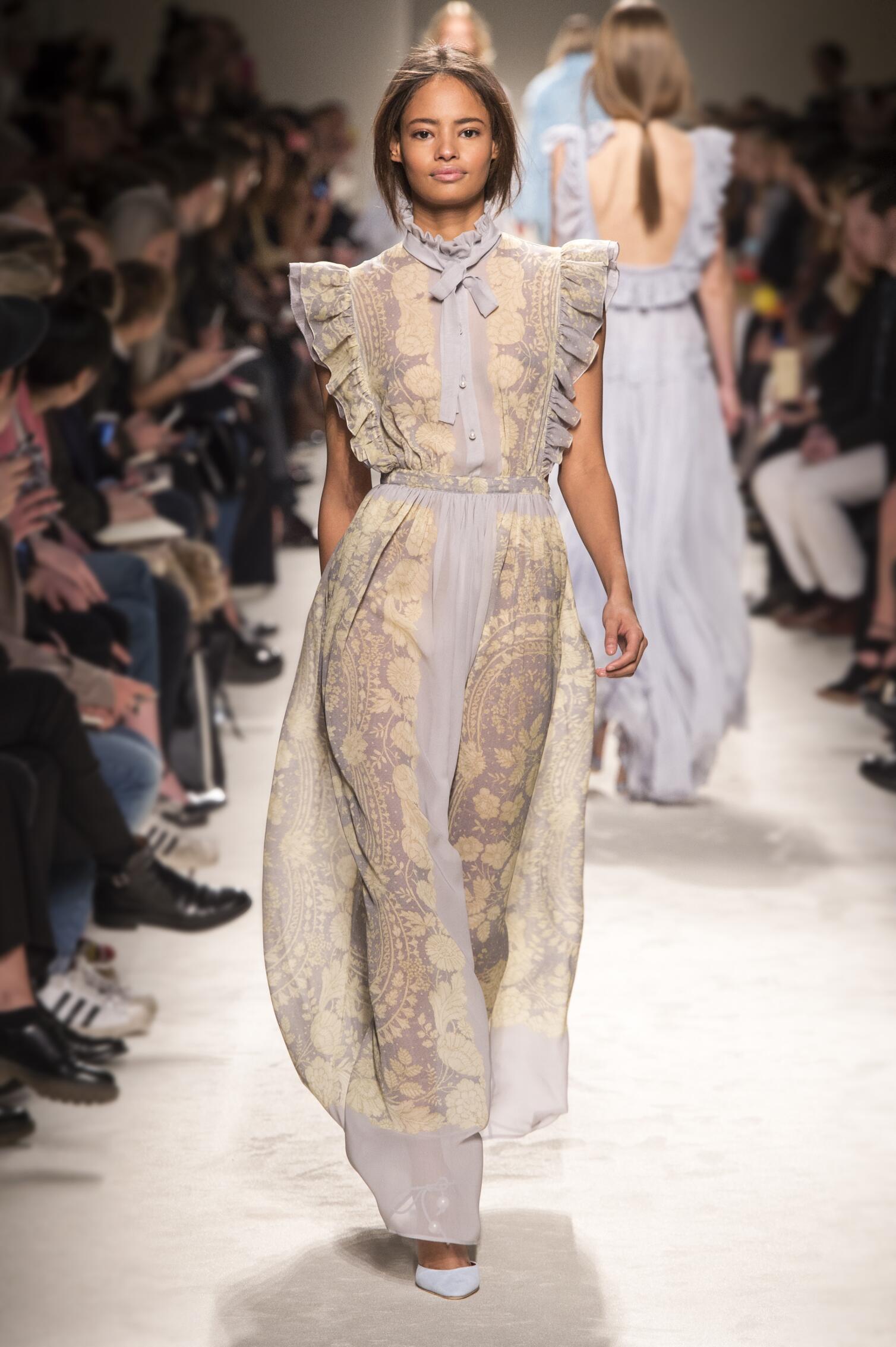 Catwalk Philosophy di Lorenzo Serafini Womenswear Collection Winter 2015
