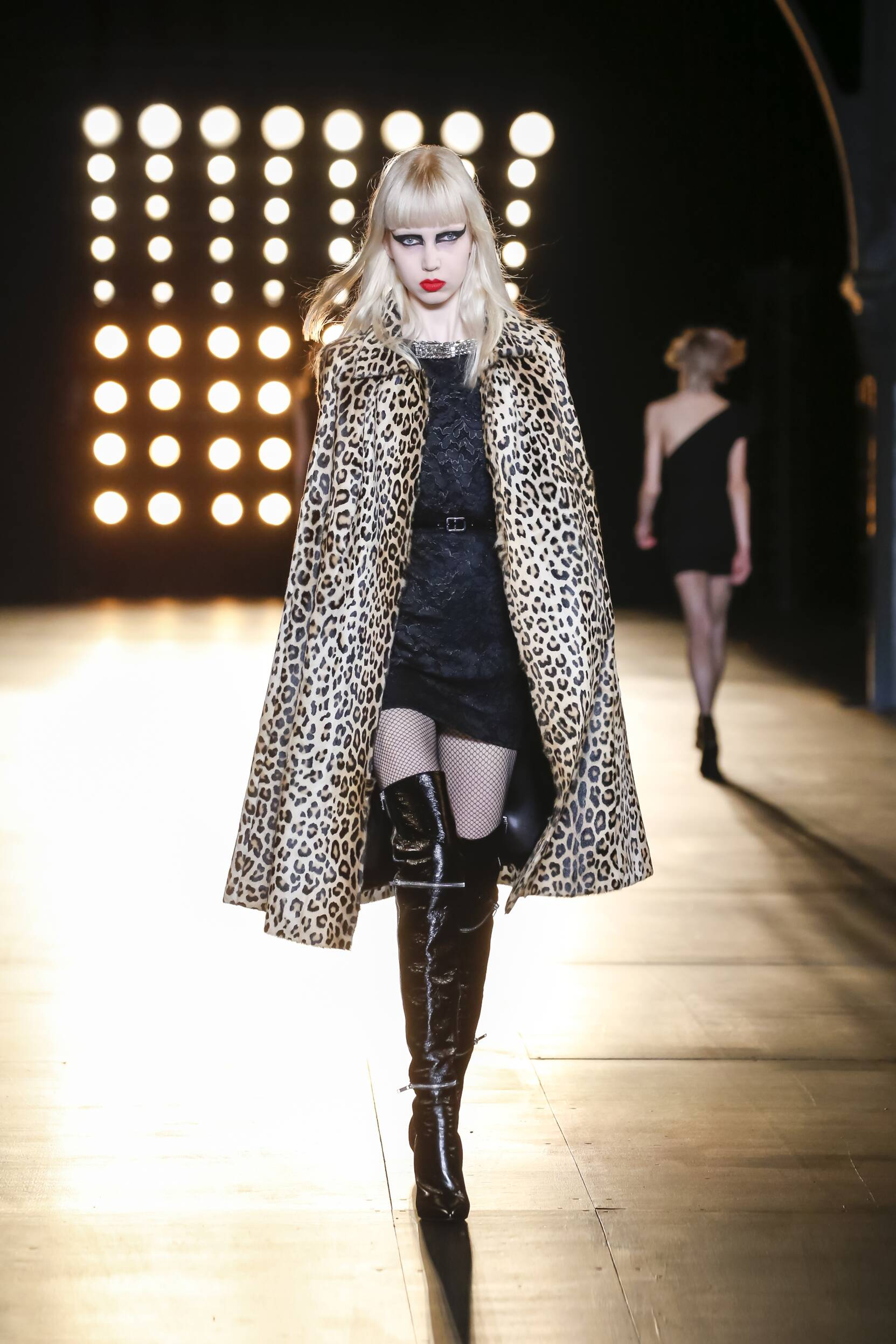 Catwalk Saint Laurent Womenswear Colors Winter 2015 2016