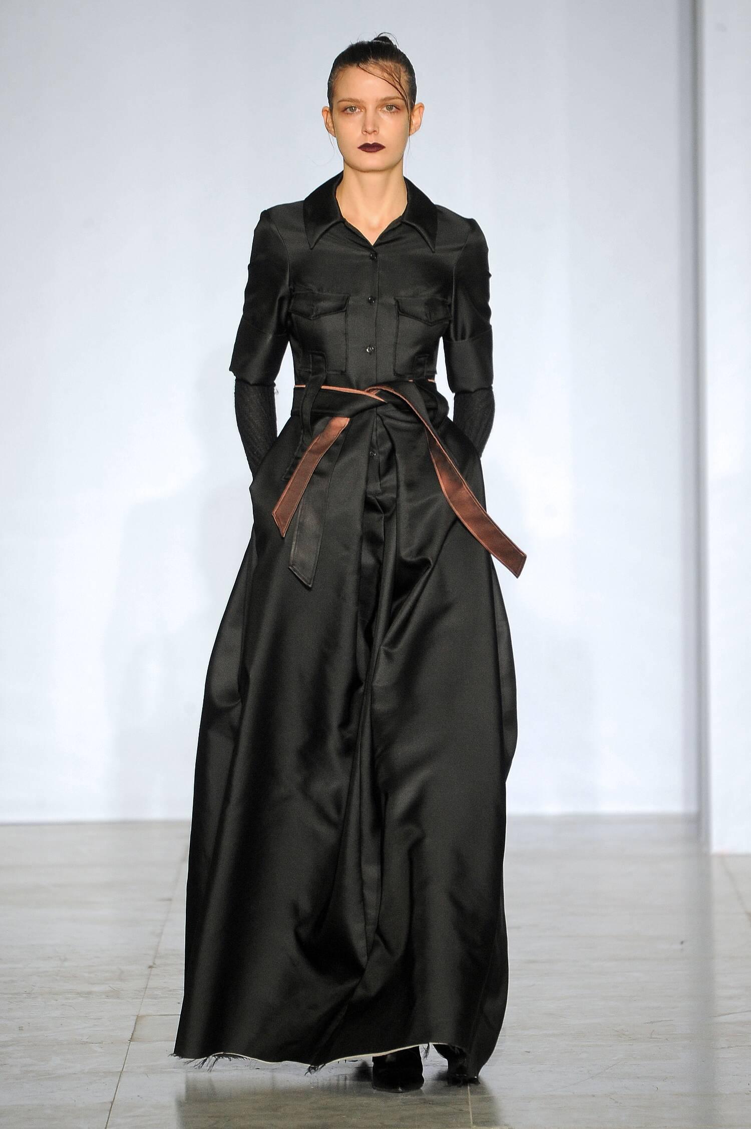 Catwalk Yang Li Collection Fashion Show Winter 2015