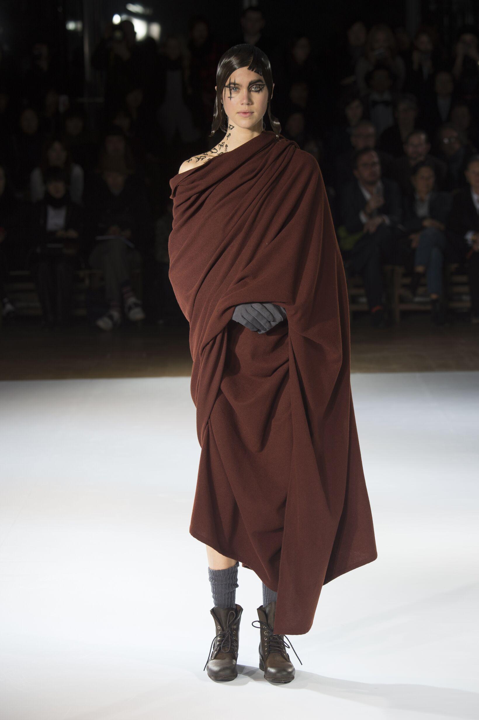 Catwalk Yohji Yamamoto Collection Fashion Show Winter 2015