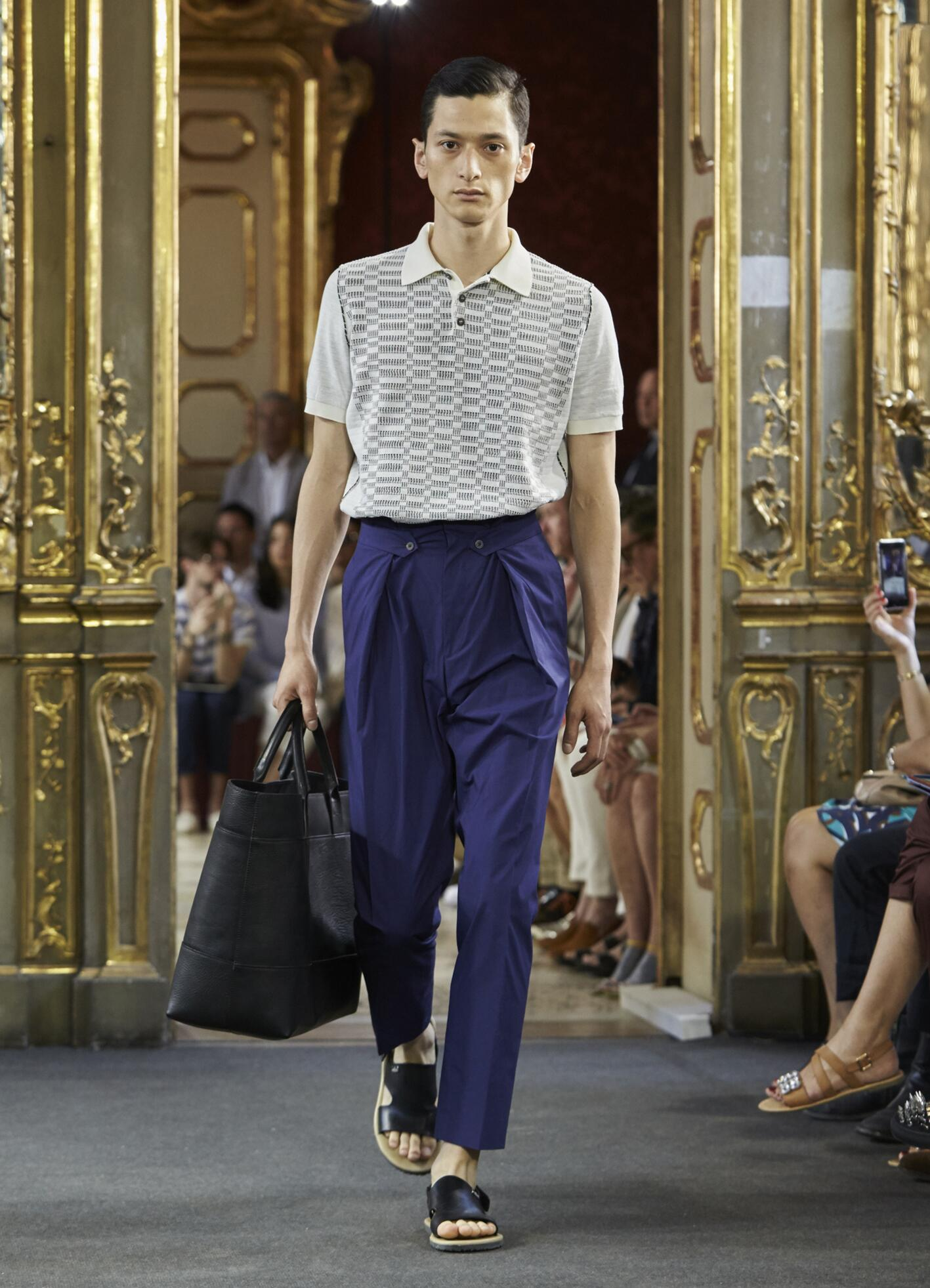 Corneliani Collection Spring 2016 Catwalk
