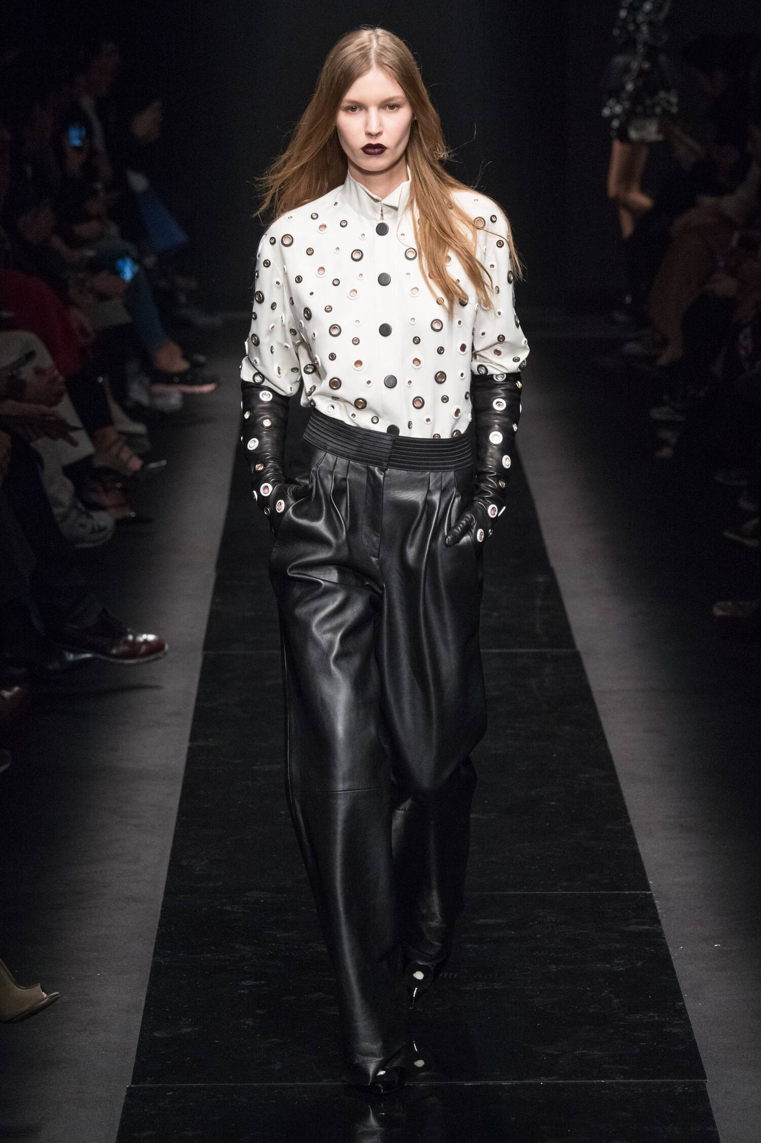 Emanuel Ungaro Collection Paris Fashion Week Womenswear