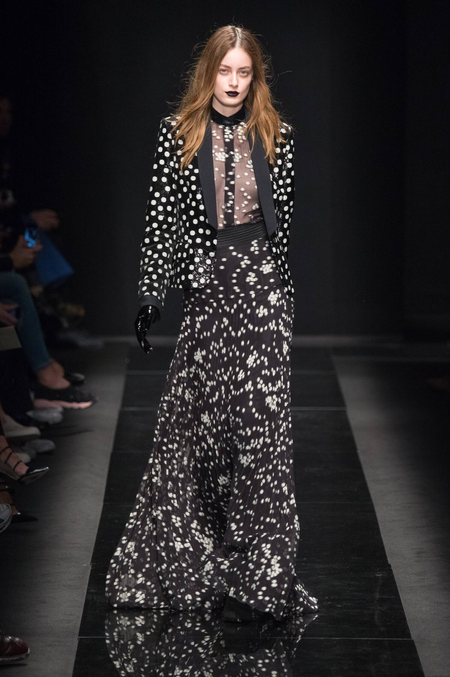Emanuel Ungaro Fall Winter 2015 16 Womenswear Collection Paris Fashion Week Fashion Show