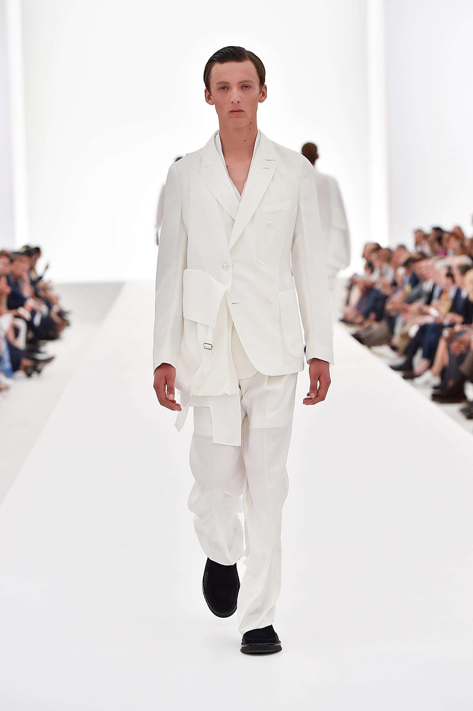 Ermenegildo Zegna Couture Collection Fashion Show SS 2016