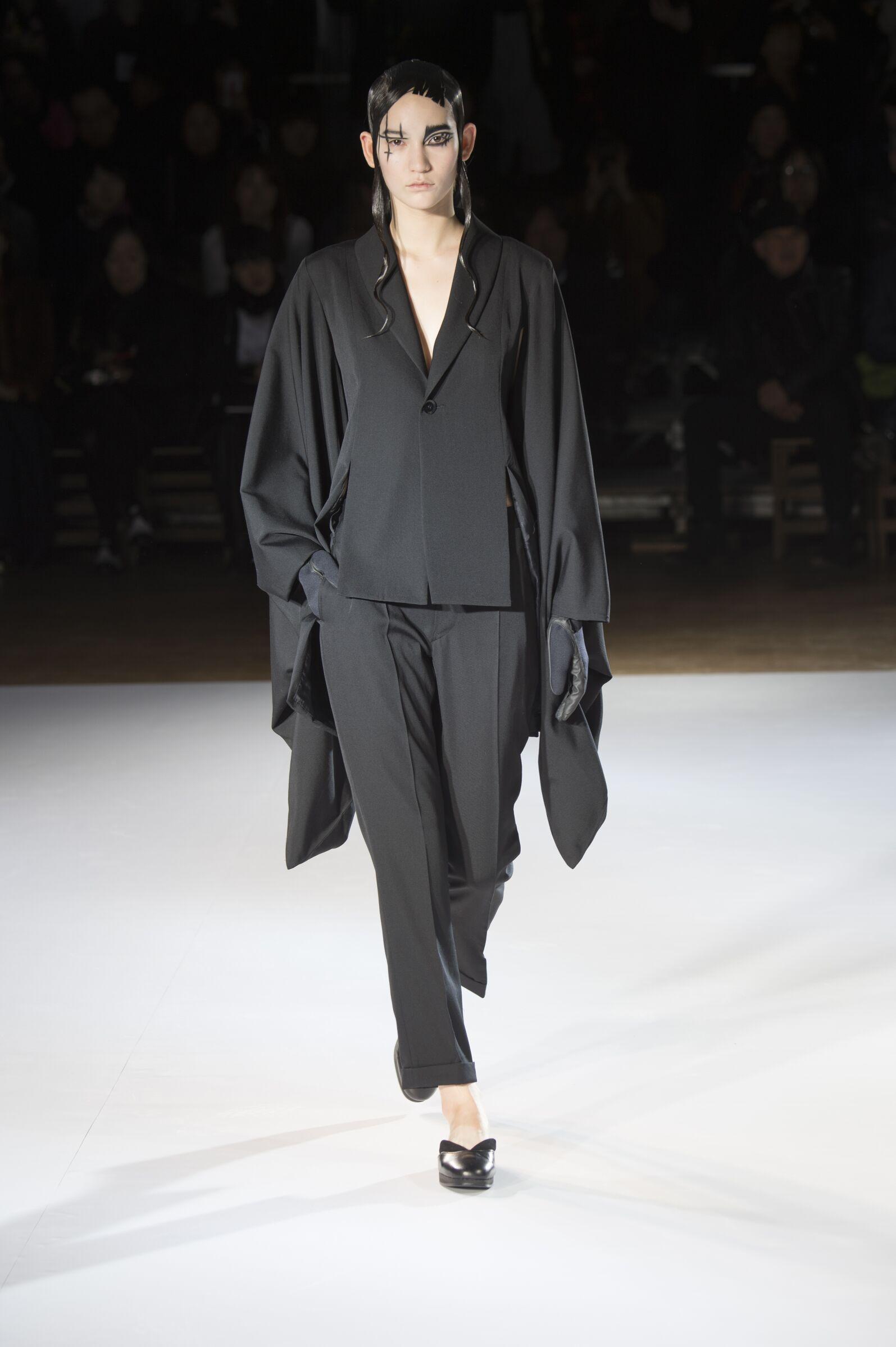 Fall 2015 Fashion Trends Yohji Yamamoto Collection