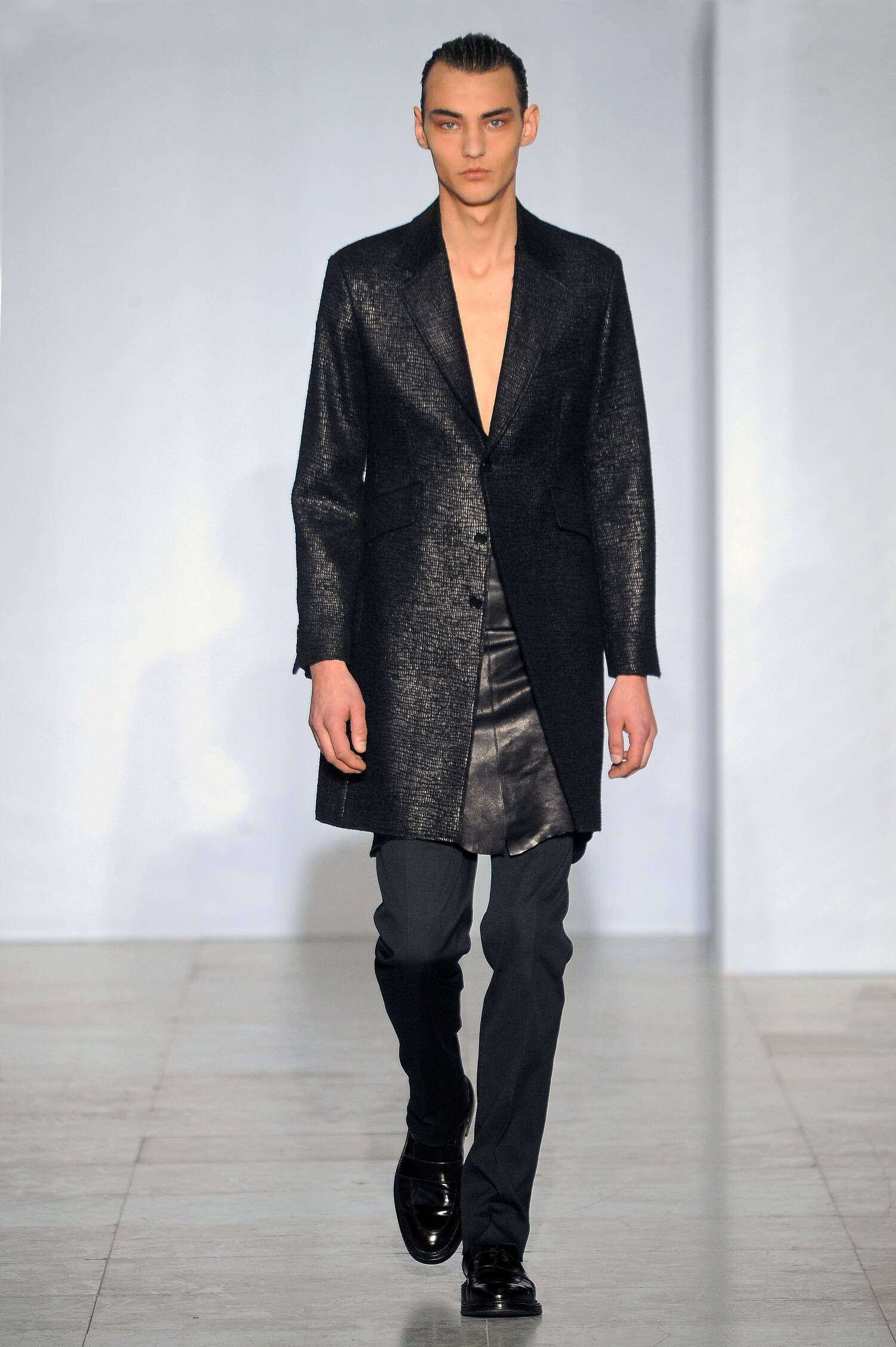 Fall 2015 Man Fashion Show Yang Li Collection