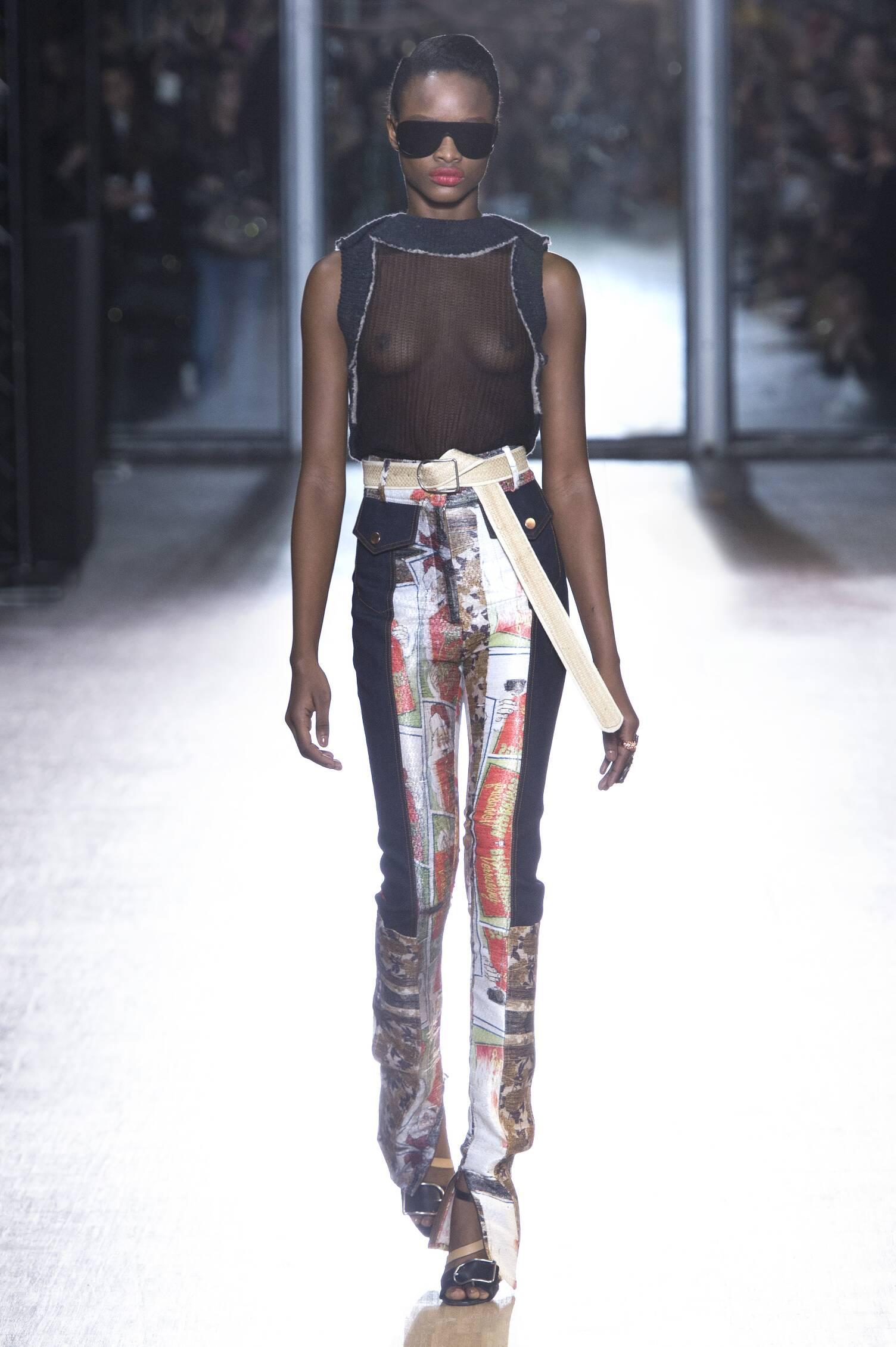 Fall 2015 Women Fashion Show Acne Studios Collection