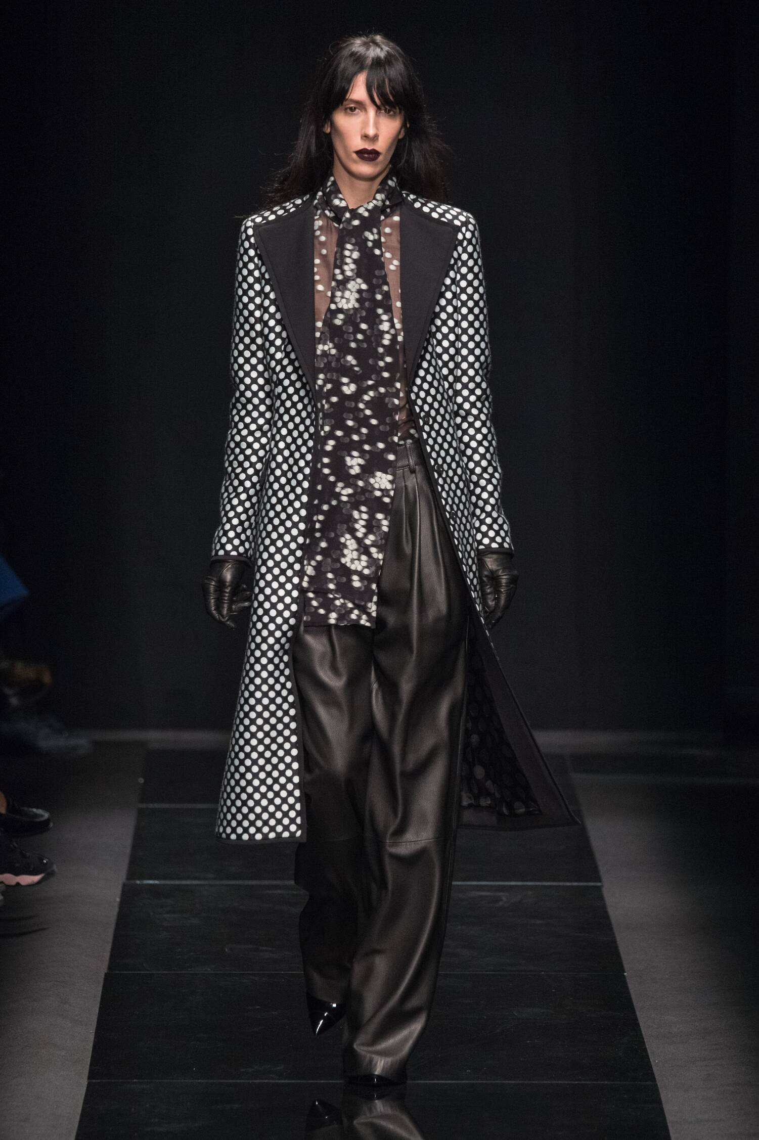 Fall 2015 Women Fashion Show Emanuel Ungaro Collection