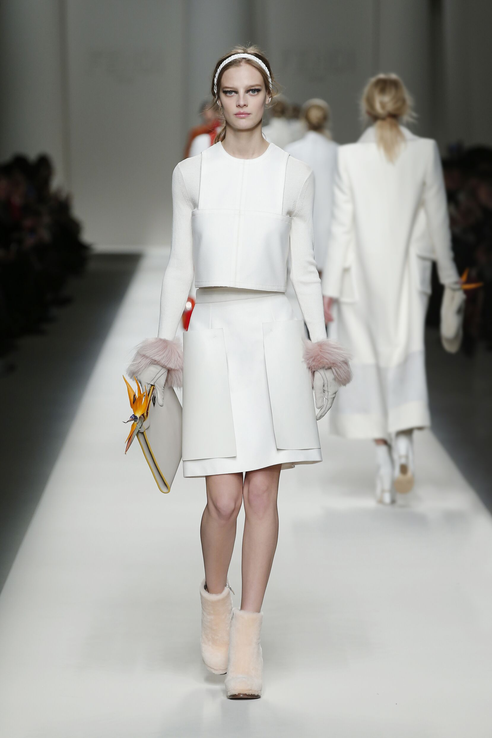 Fall 2015 Women Fashion Show Fendi Collection