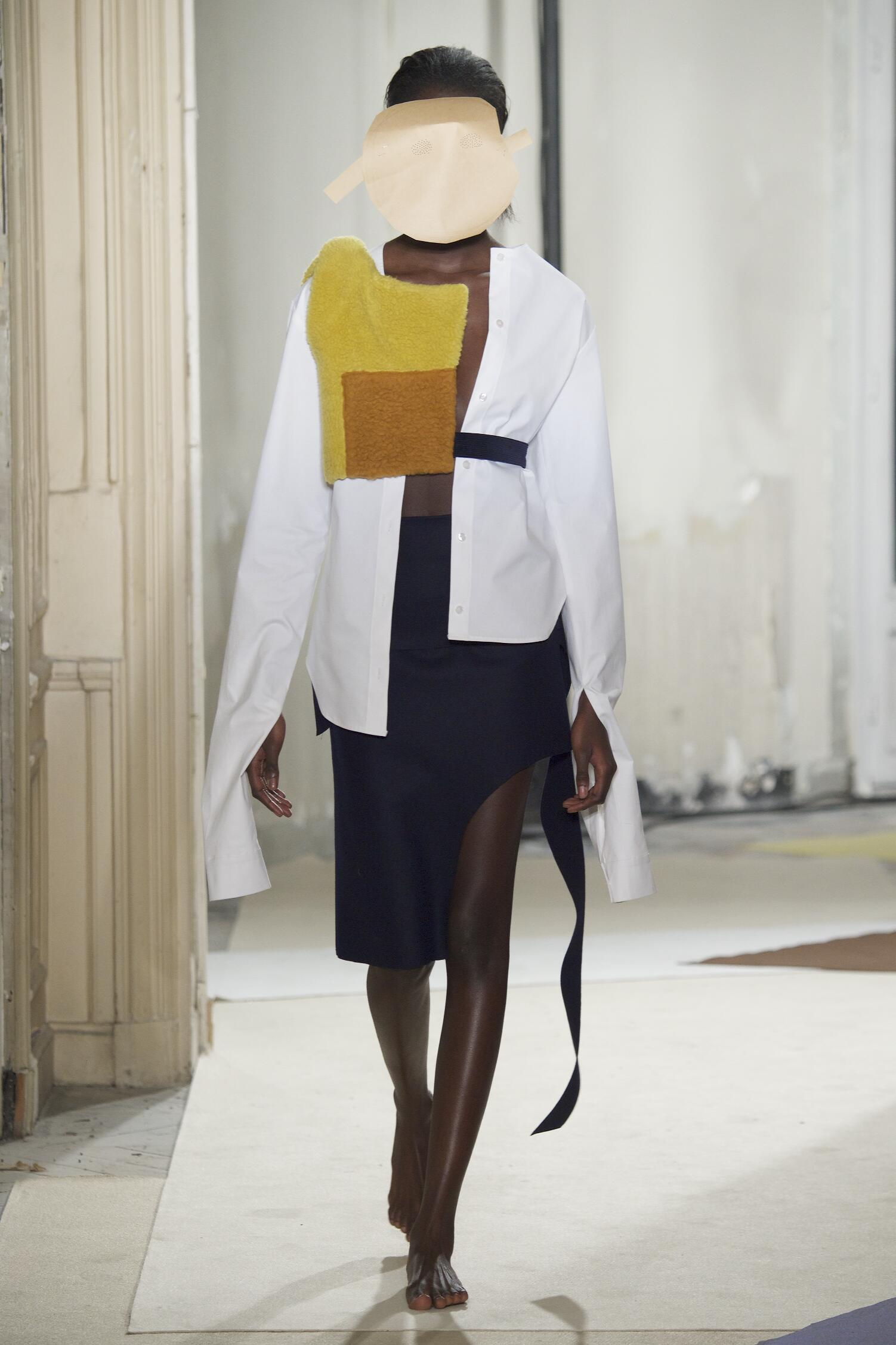 Fall 2015 Women Fashion Show Jacquemus Collection