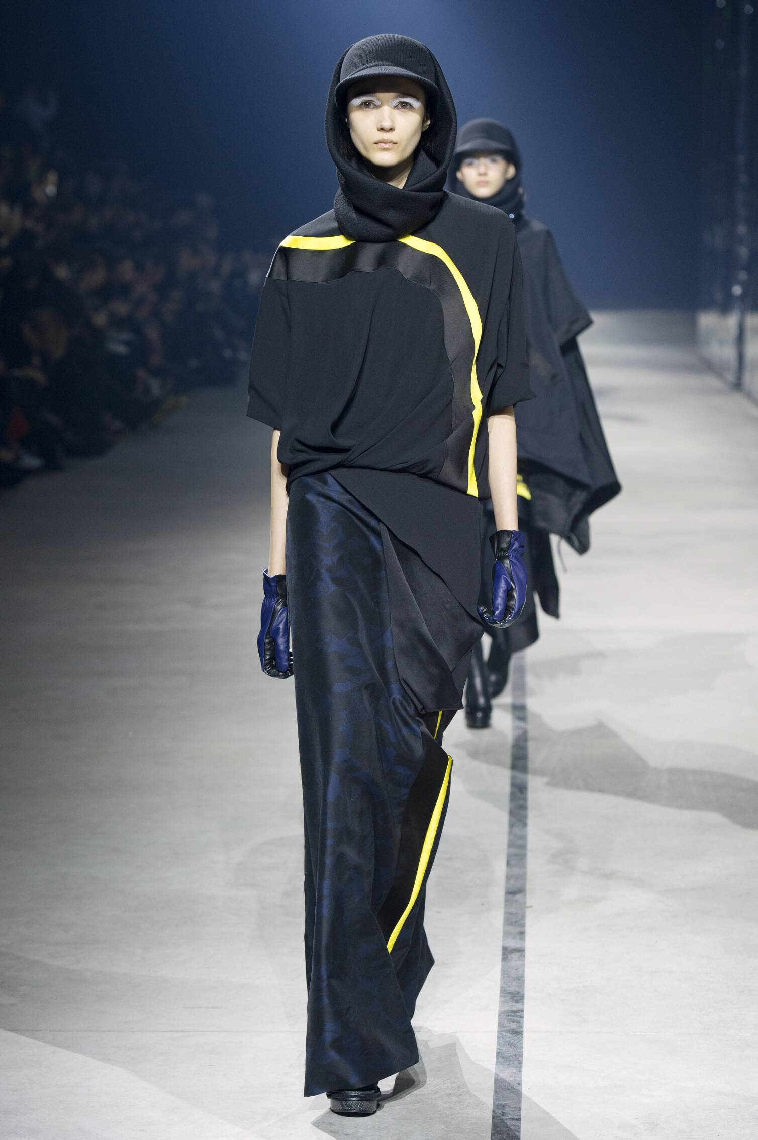 Fall 2015 Women Fashion Show Kenzo Collection