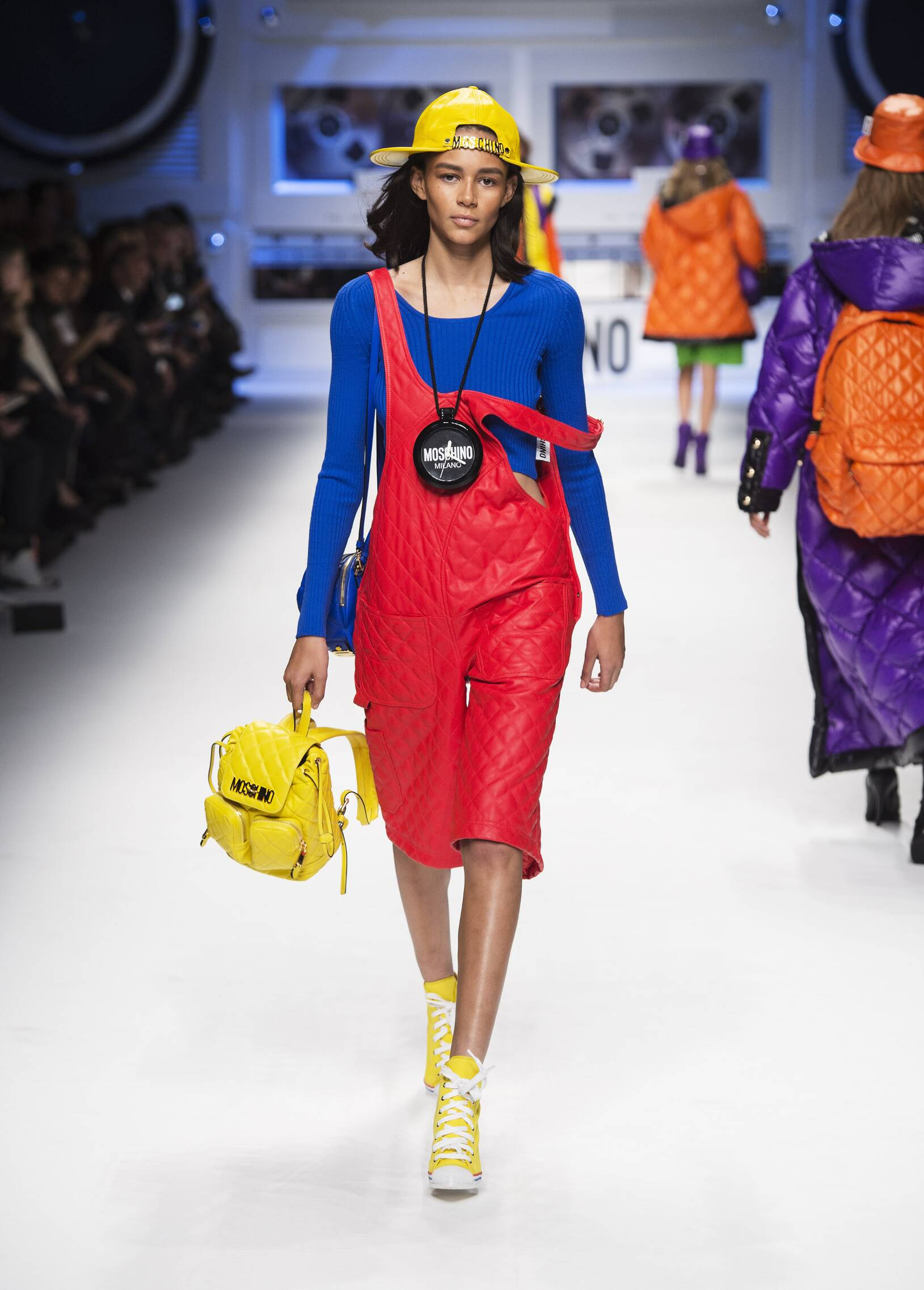Fall 2015 Women Fashion Show Moschino Collection