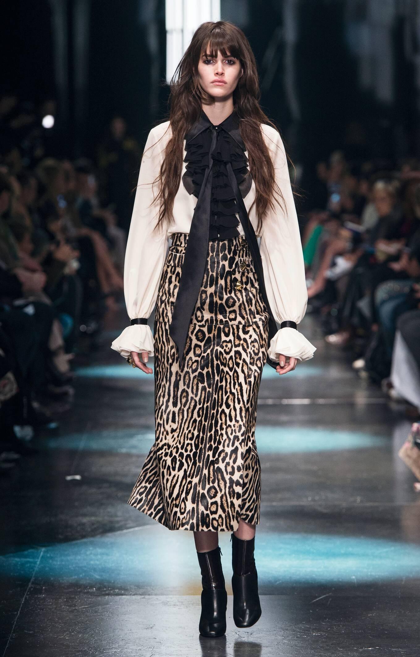 Fall 2015 Women Fashion Show Roberto Cavalli Collection
