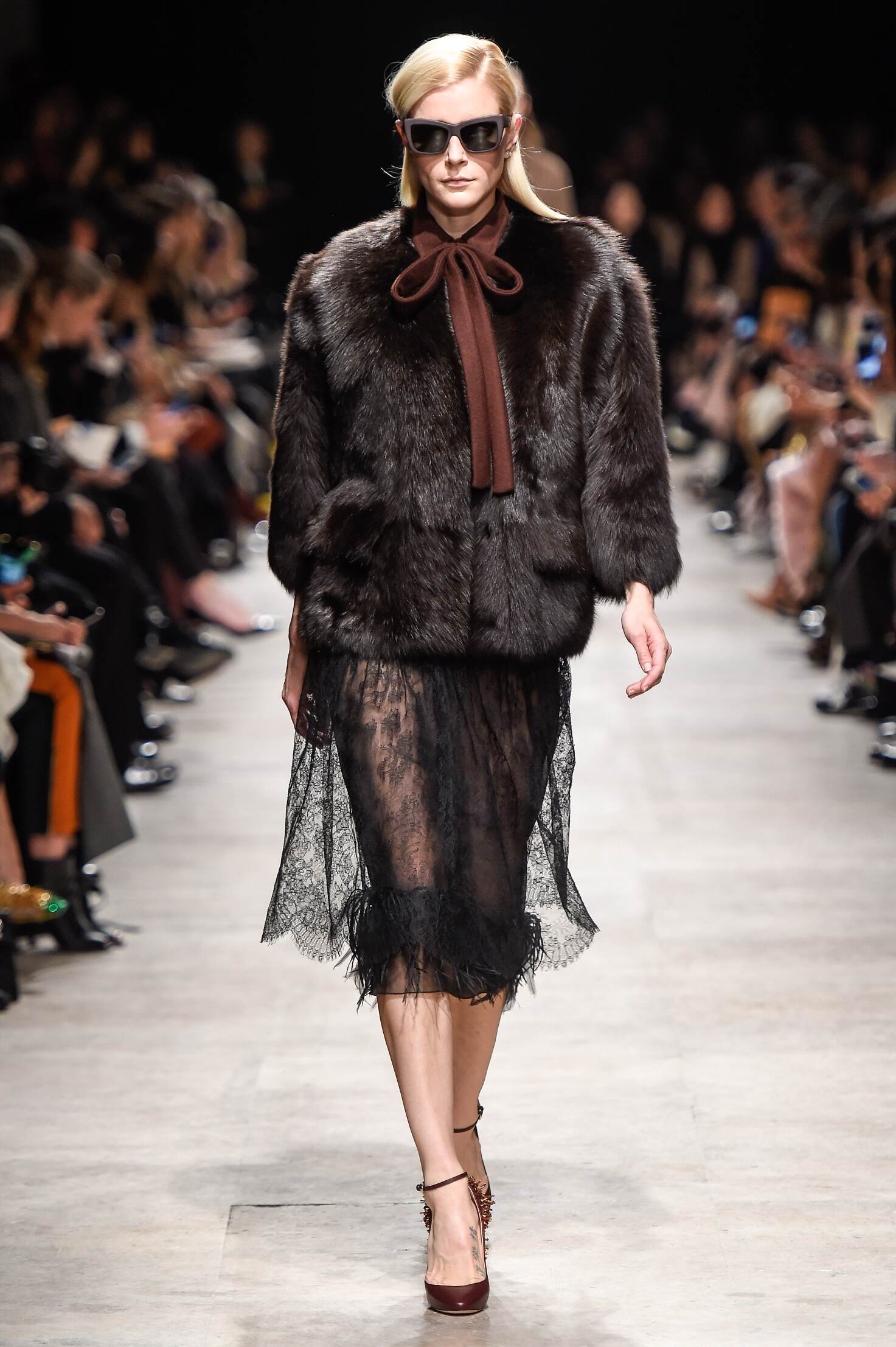 Fall 2015 Women Fashion Show Rochas Collection