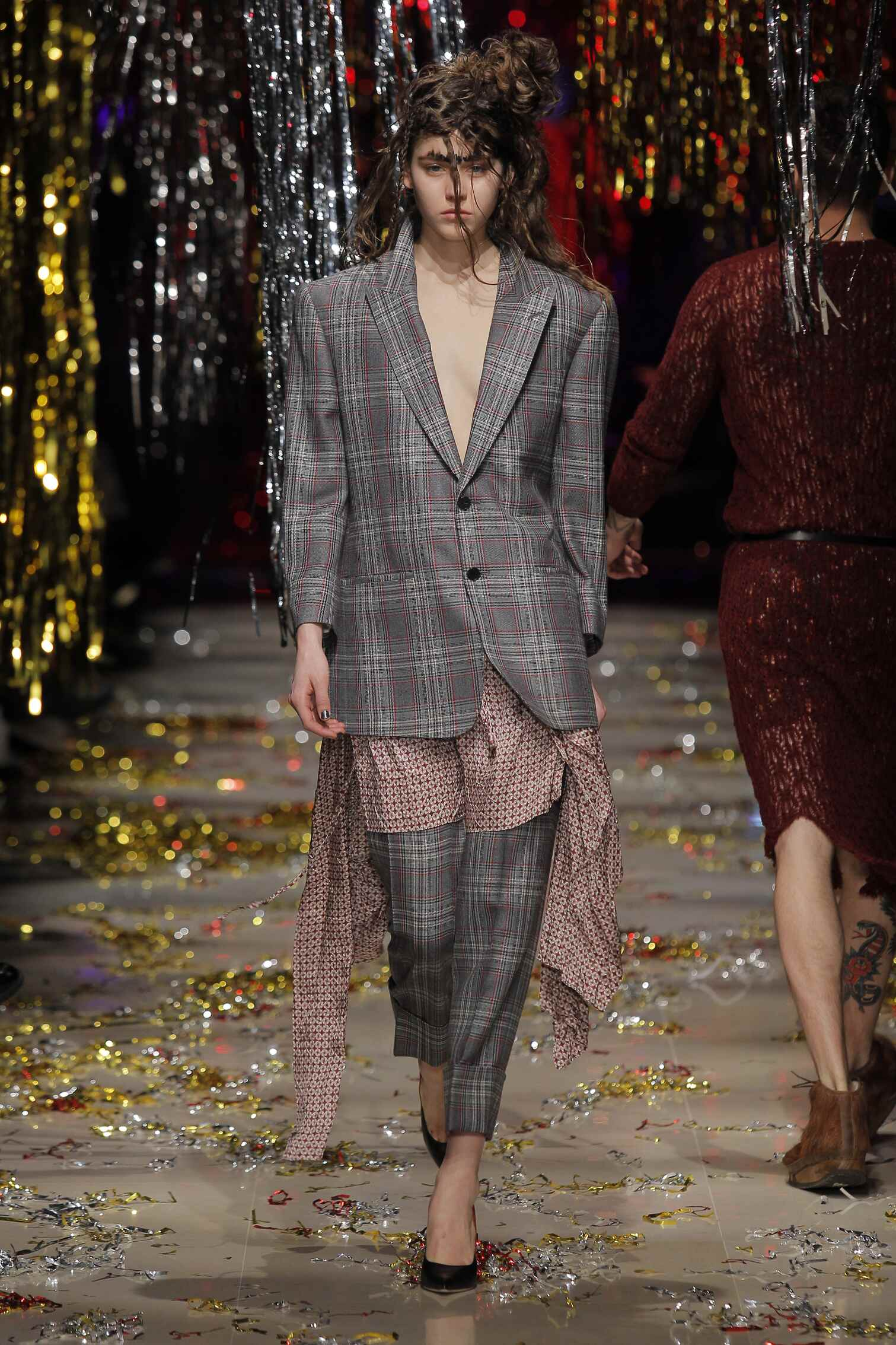 Fall 2015 Women Fashion Show Vivienne Westwood Gold Label Collection