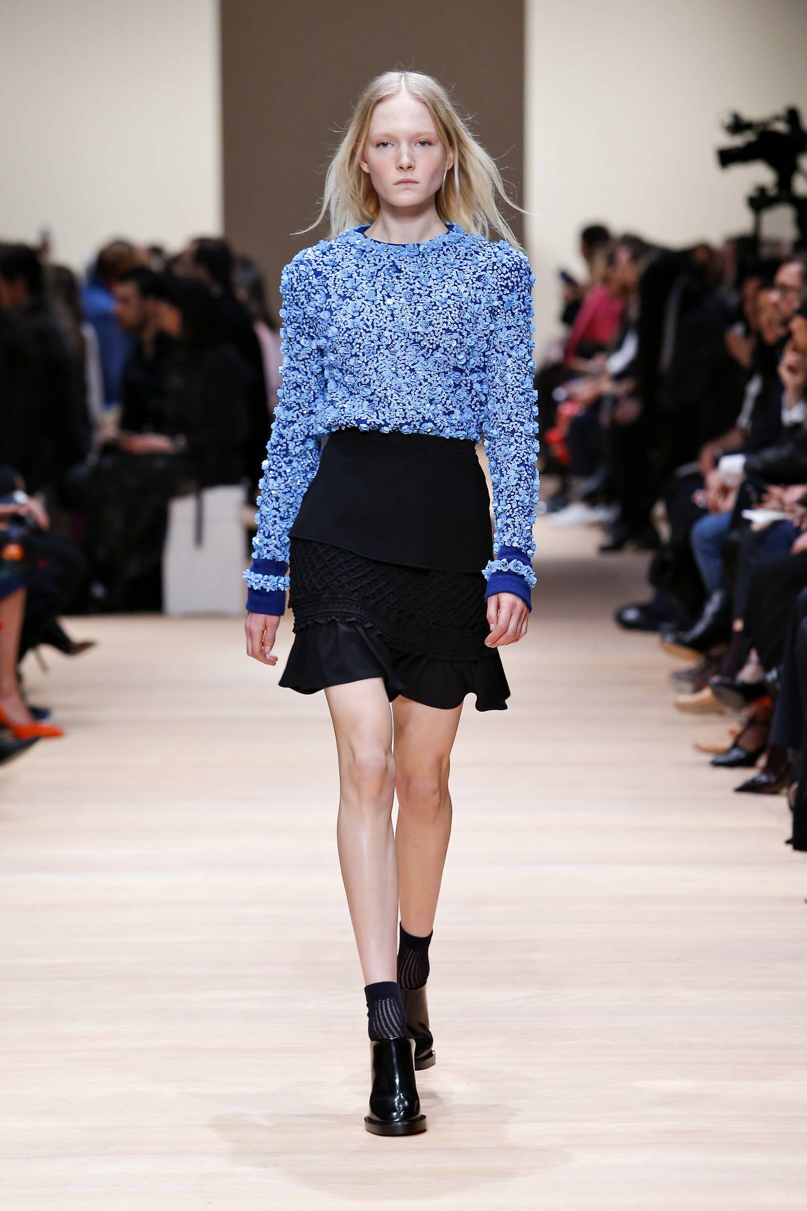 Fall Carven Collection Fashion Women Model