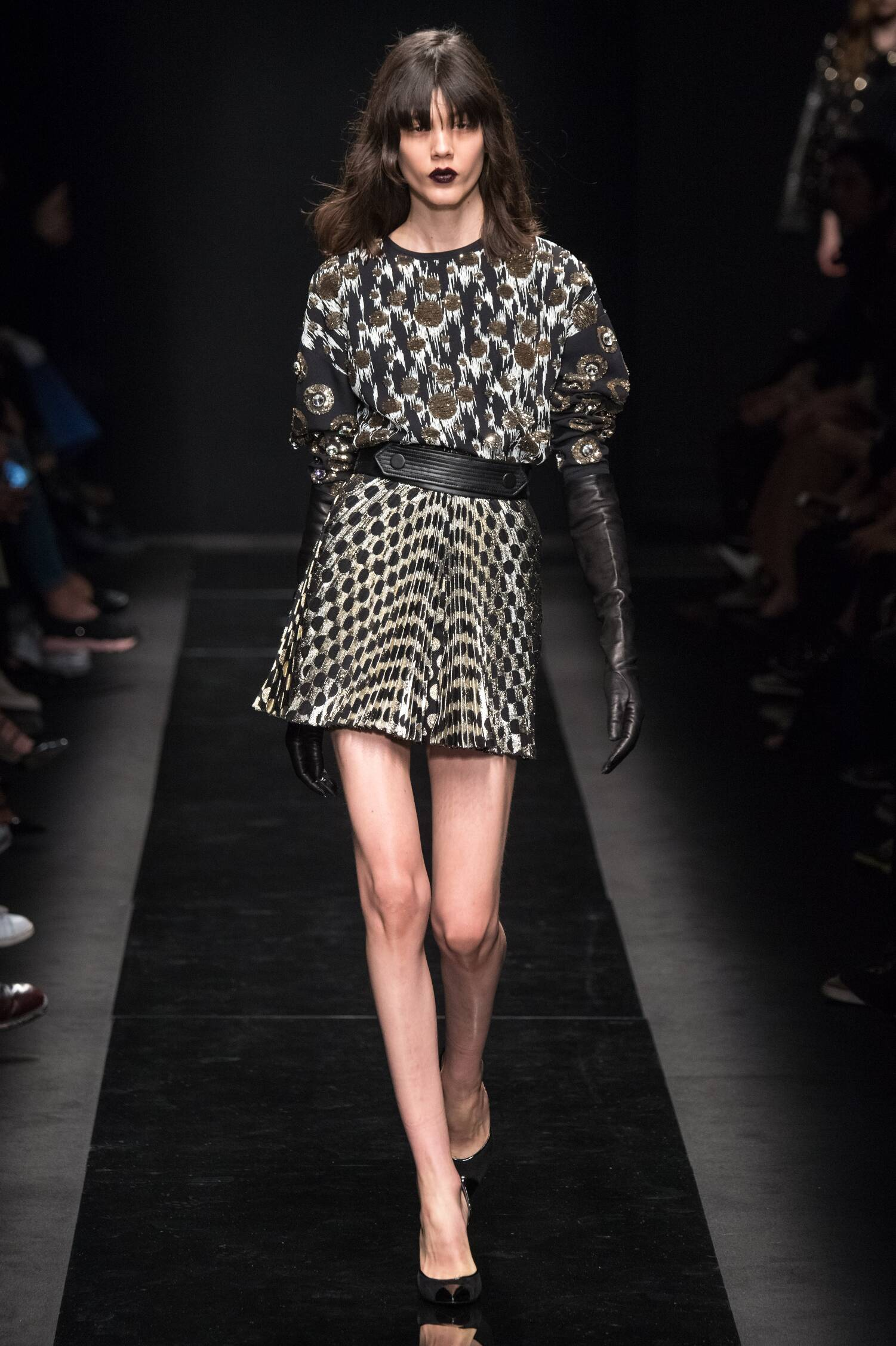Fall Emanuel Ungaro Collection Fashion Women Model