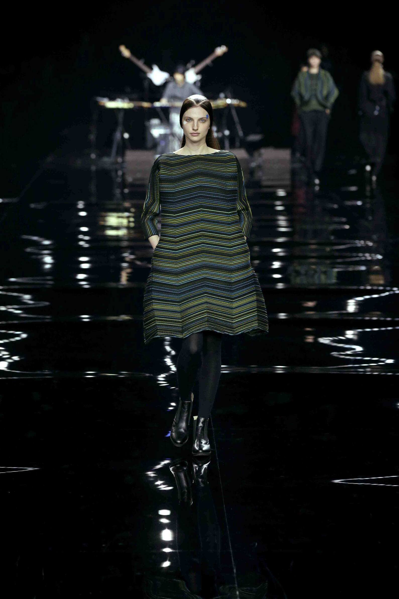 Fall Fashion 2015 2016 Issey Miyake Collection