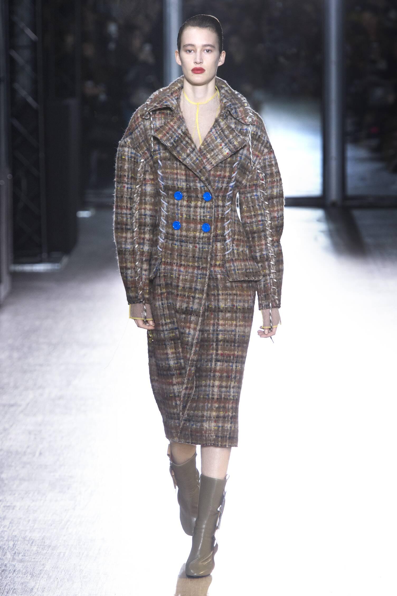 Fall Fashion Woman Acne Studios Collection
