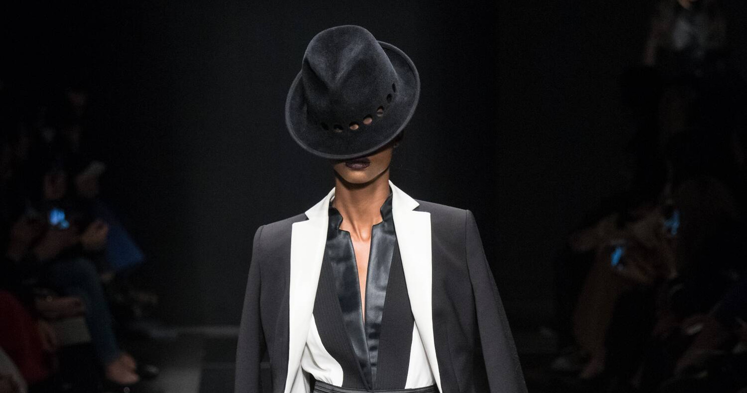 Fall Fashion Woman Emanuel Ungaro Collection 2015