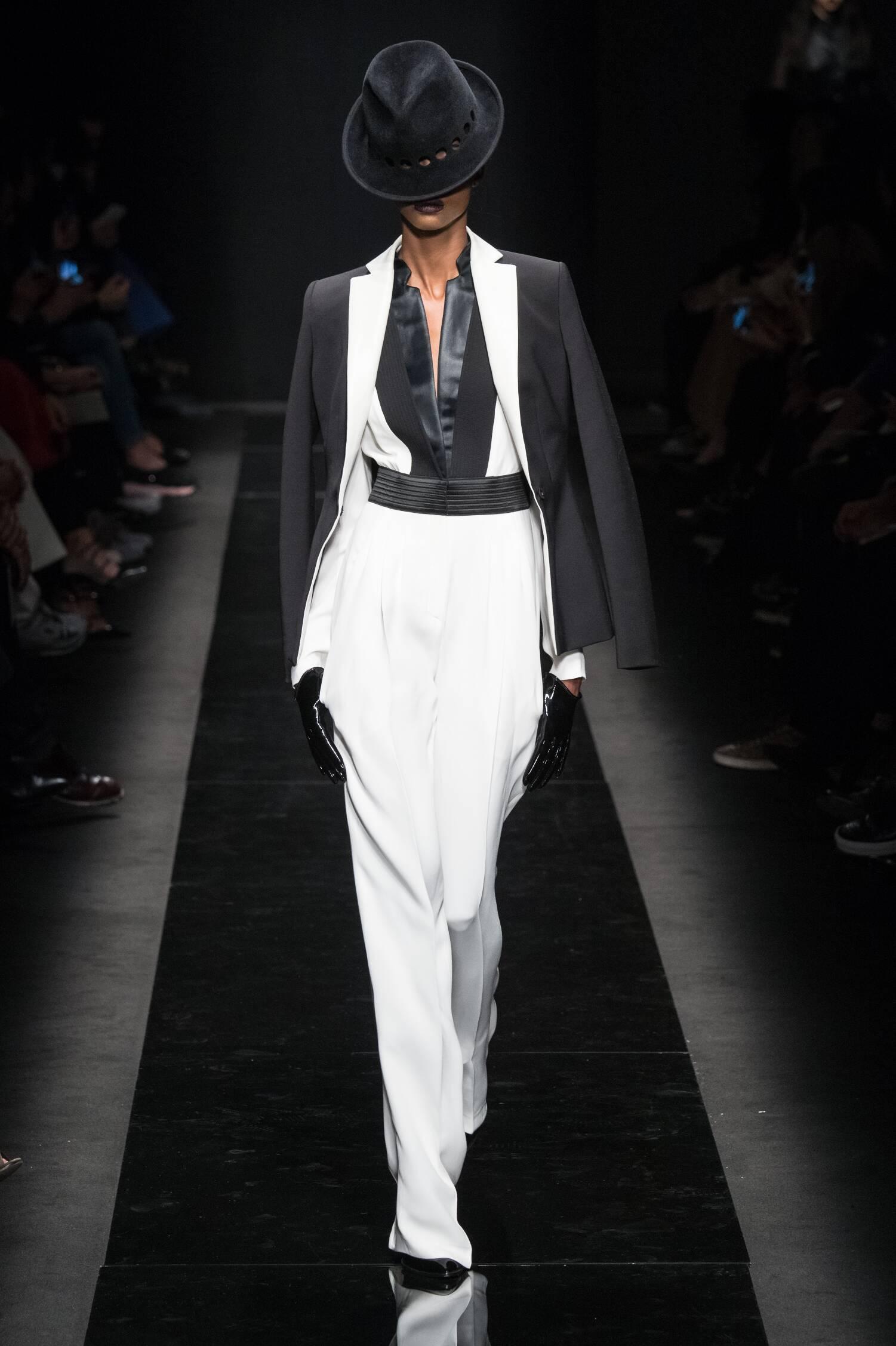 Fall Fashion Woman Emanuel Ungaro Collection