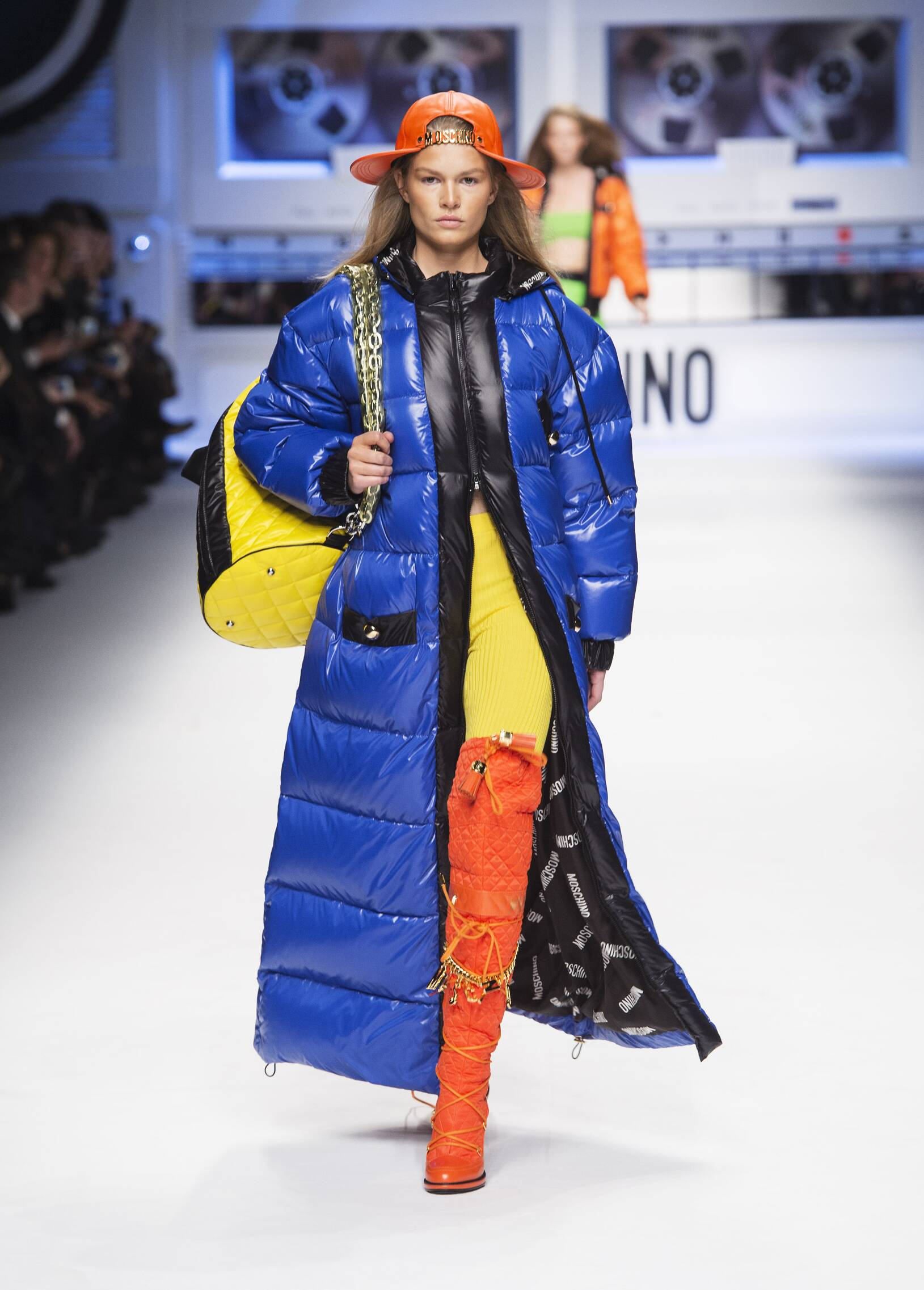 Fall Fashion Woman Moschino Collection