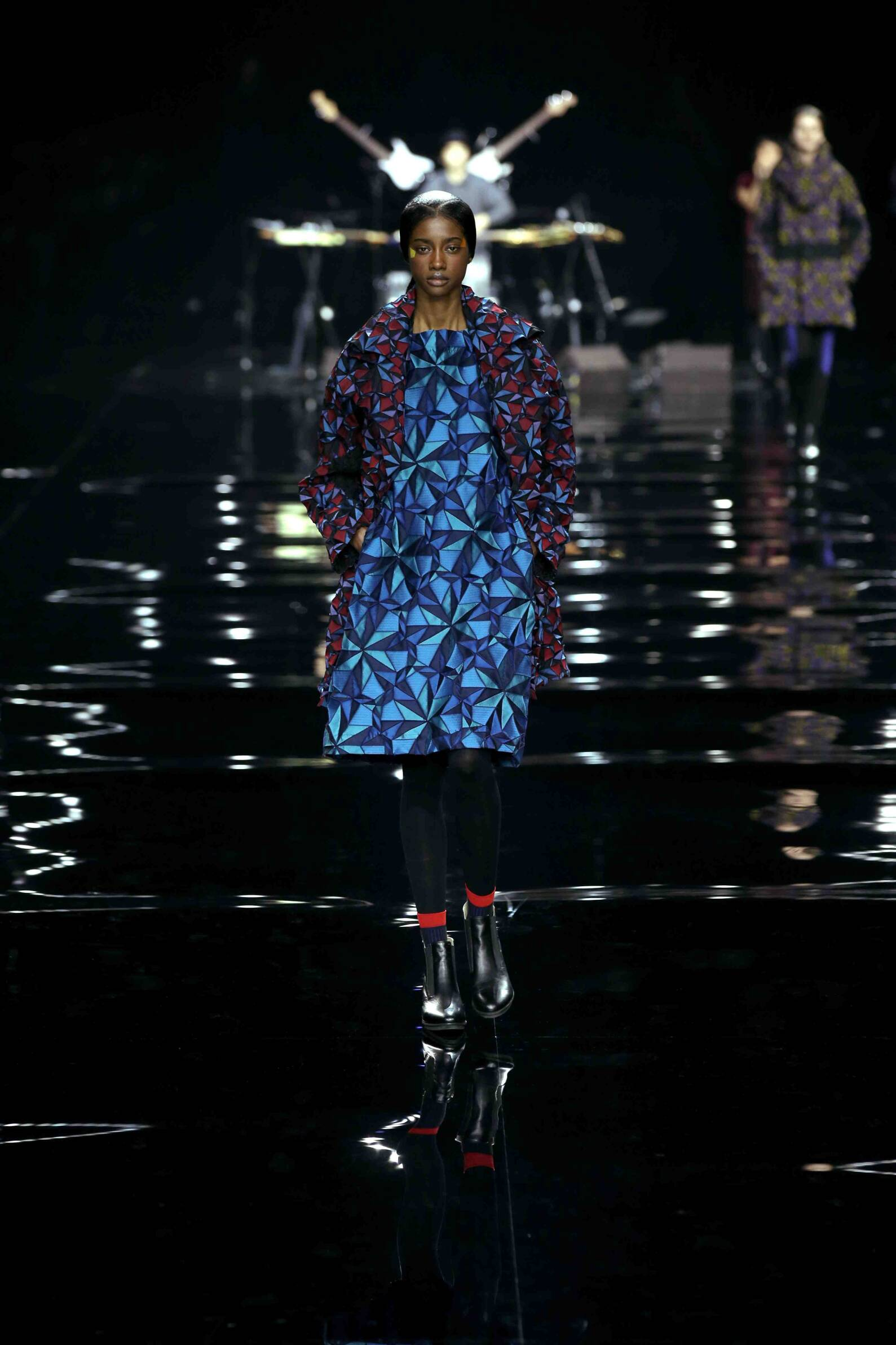 Fall Issey Miyake Collection Fashion Women Model