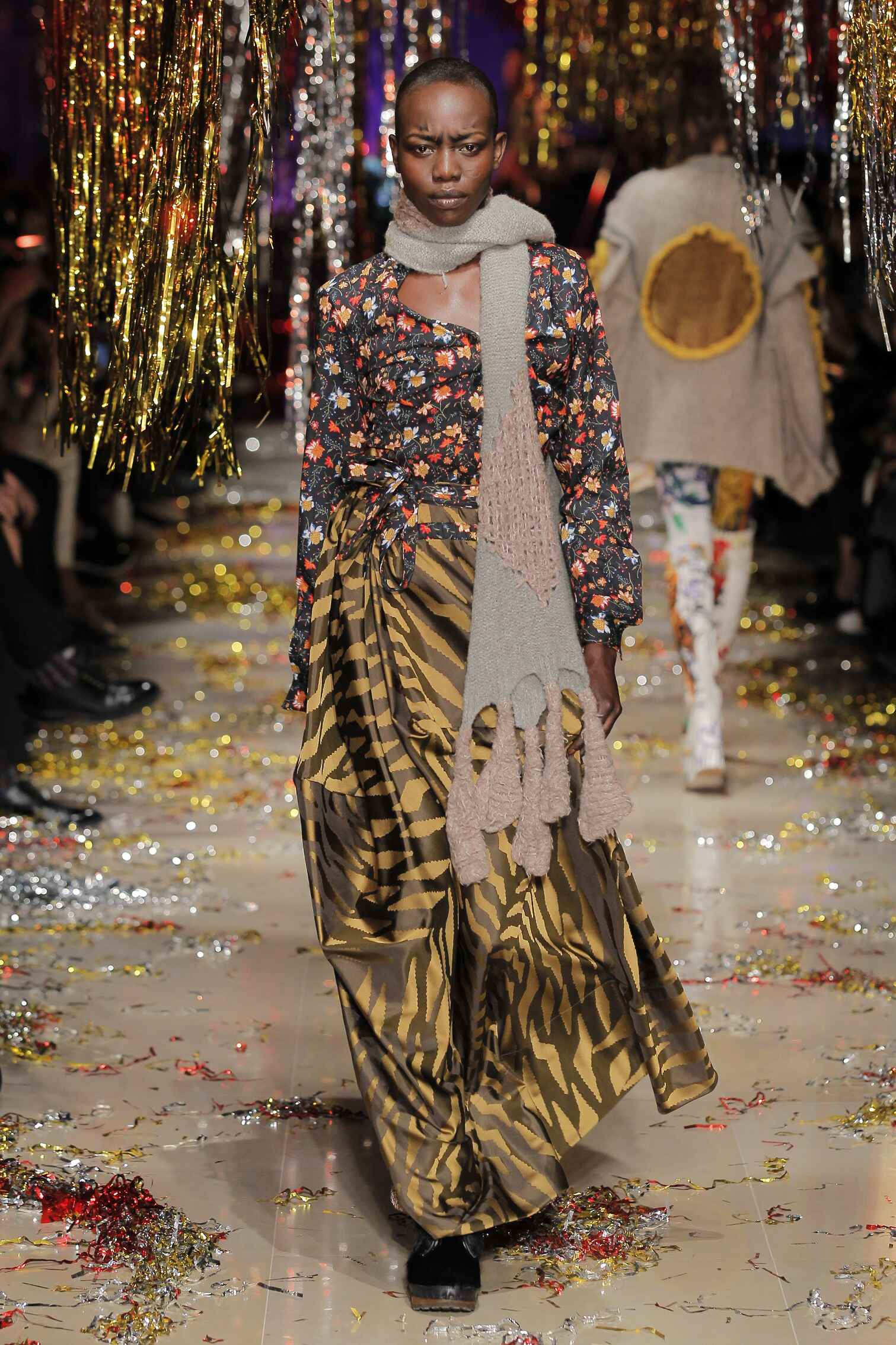Fall Vivienne Westwood Gold Label Collection Fashion Women Model