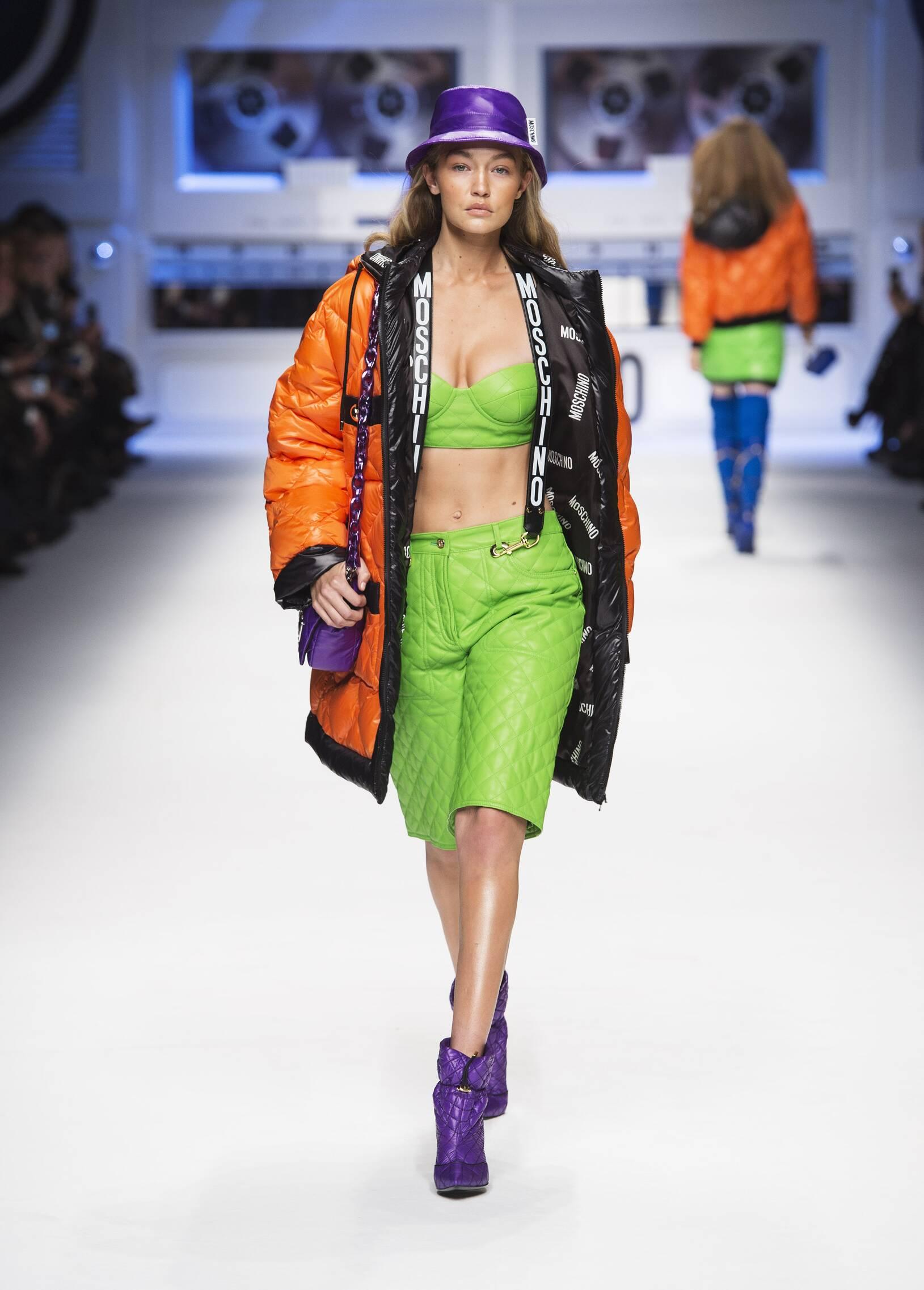 Fall Winter 2015 16 Fashion Collection Moschino