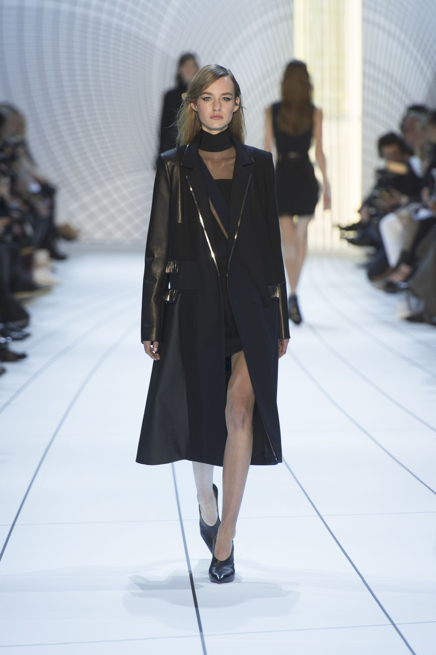 Fall Winter 2015 16 Fashion Collection Mugler