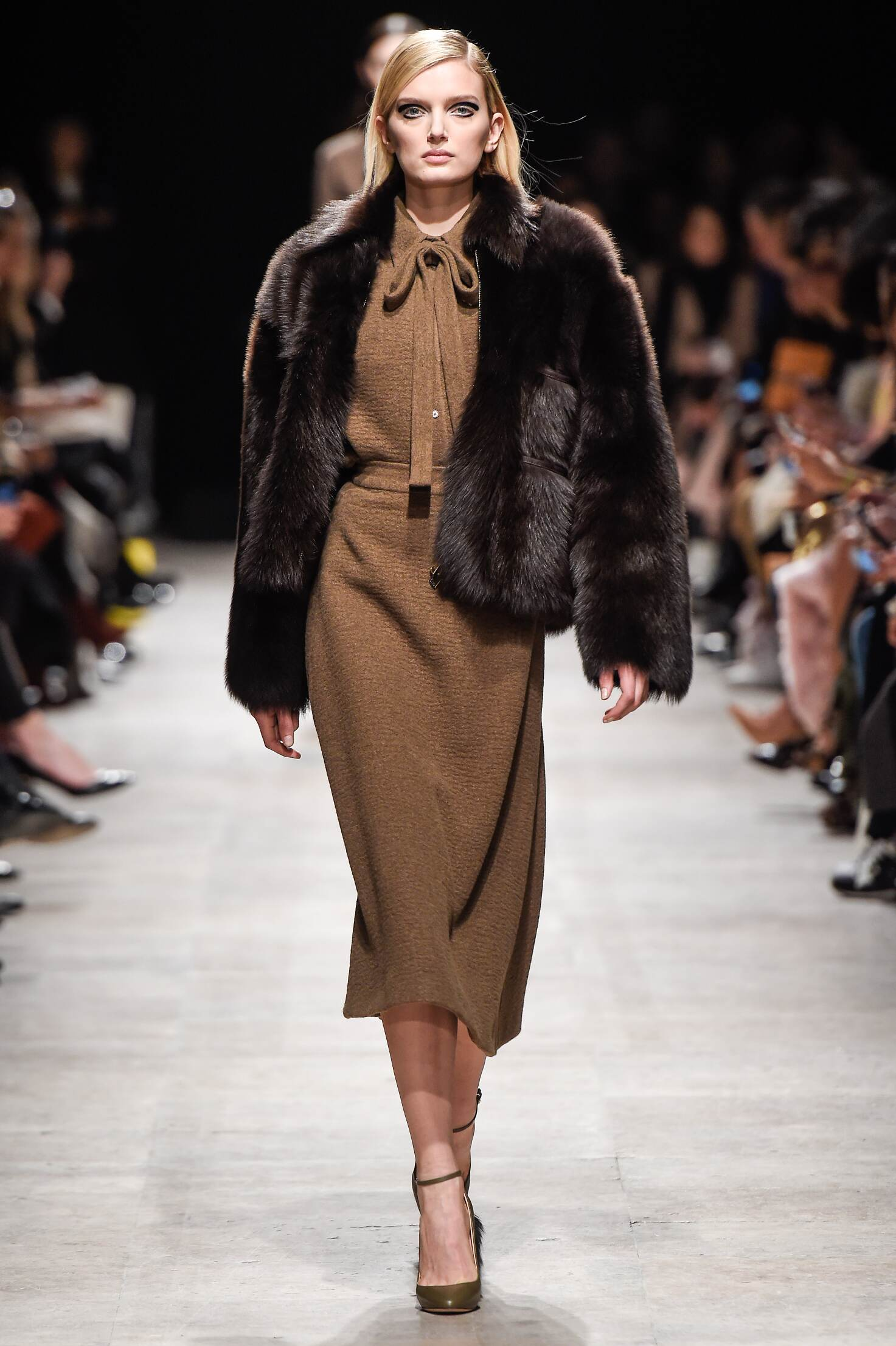 Fall Winter 2015 16 Fashion Collection Rochas
