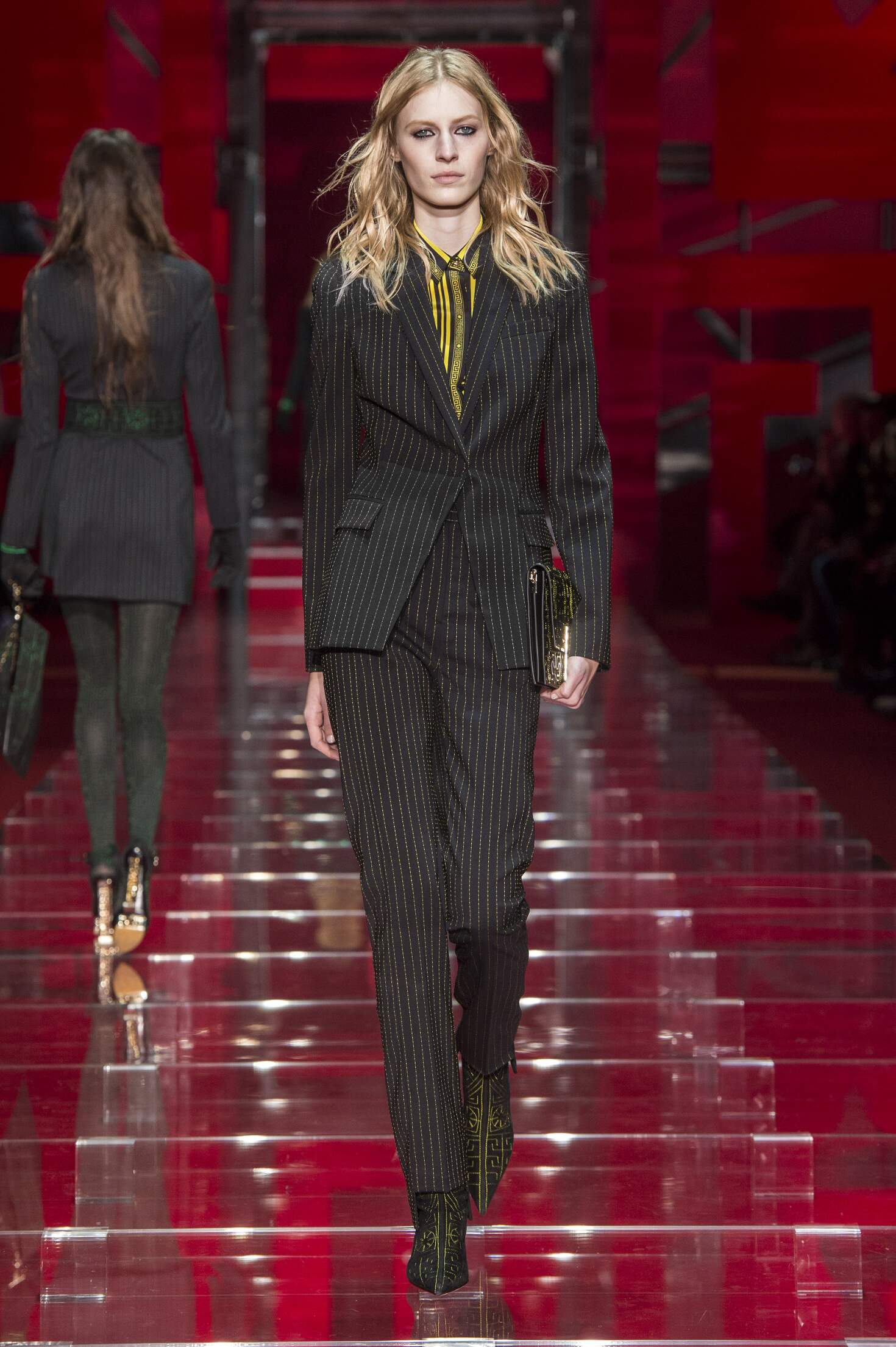 Fall Winter 2015 16 Fashion Collection Versace