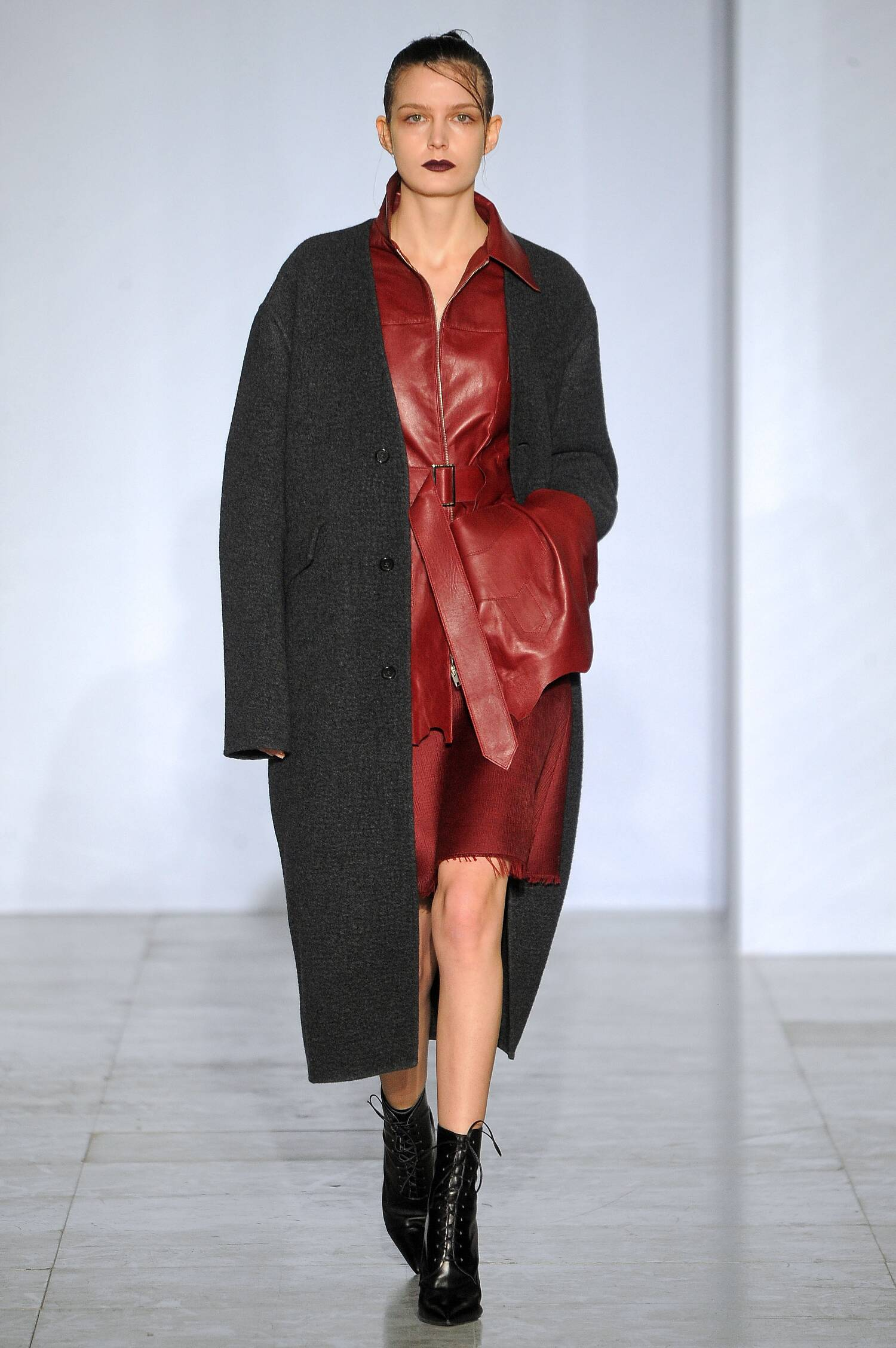 Fall Winter 2015 16 Fashion Collection Yang Li