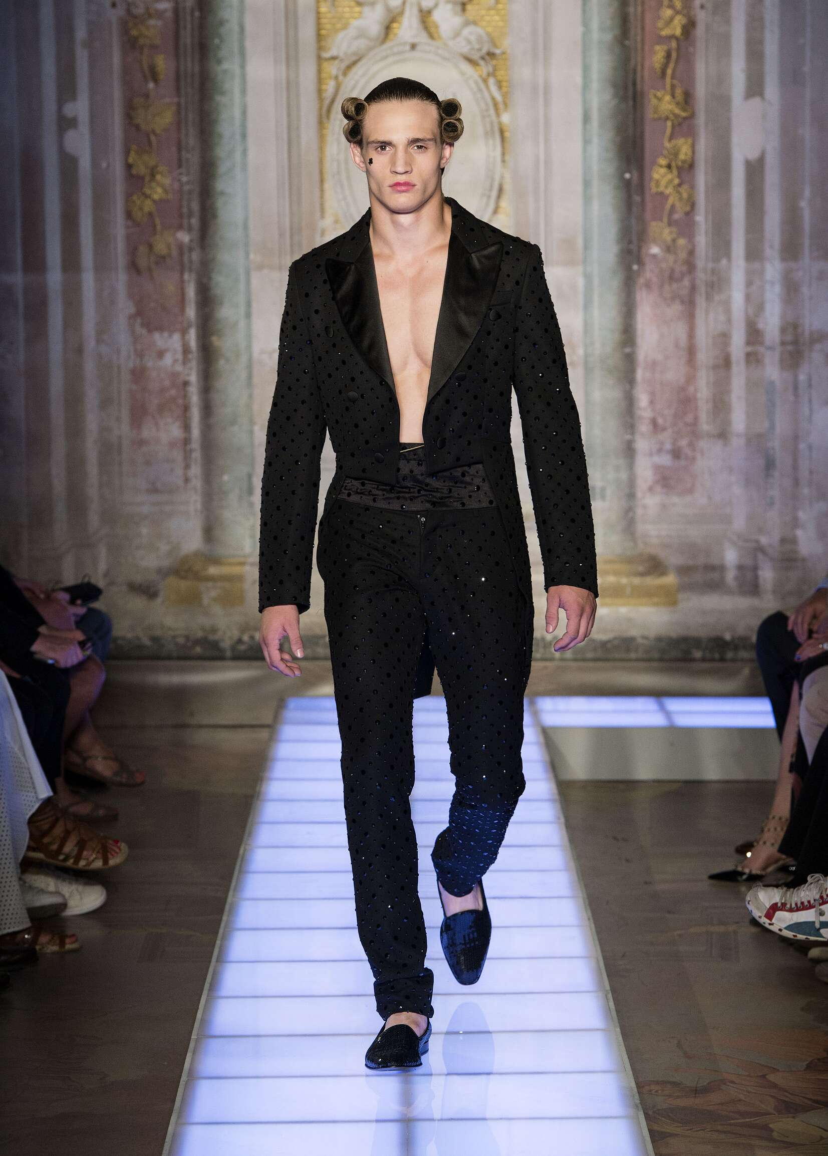 Fashion Menswear Moschino Collection Catwalk