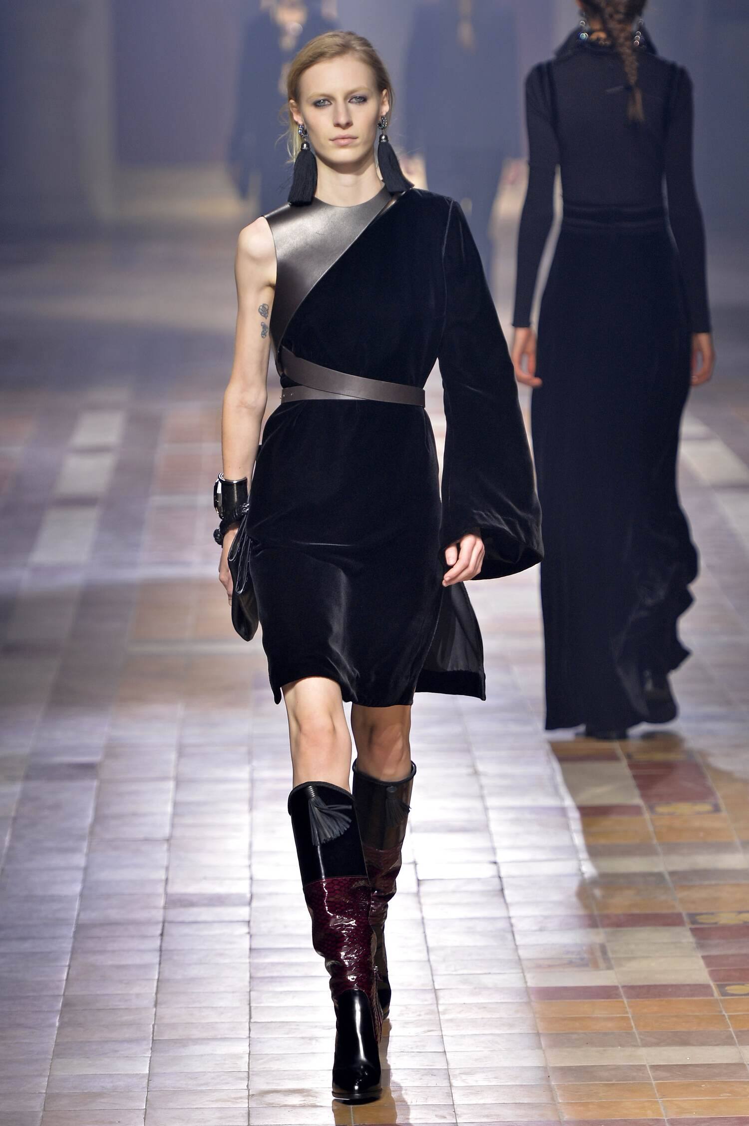 Fashion Show FW 2015 2016 Lanvin Womenswear