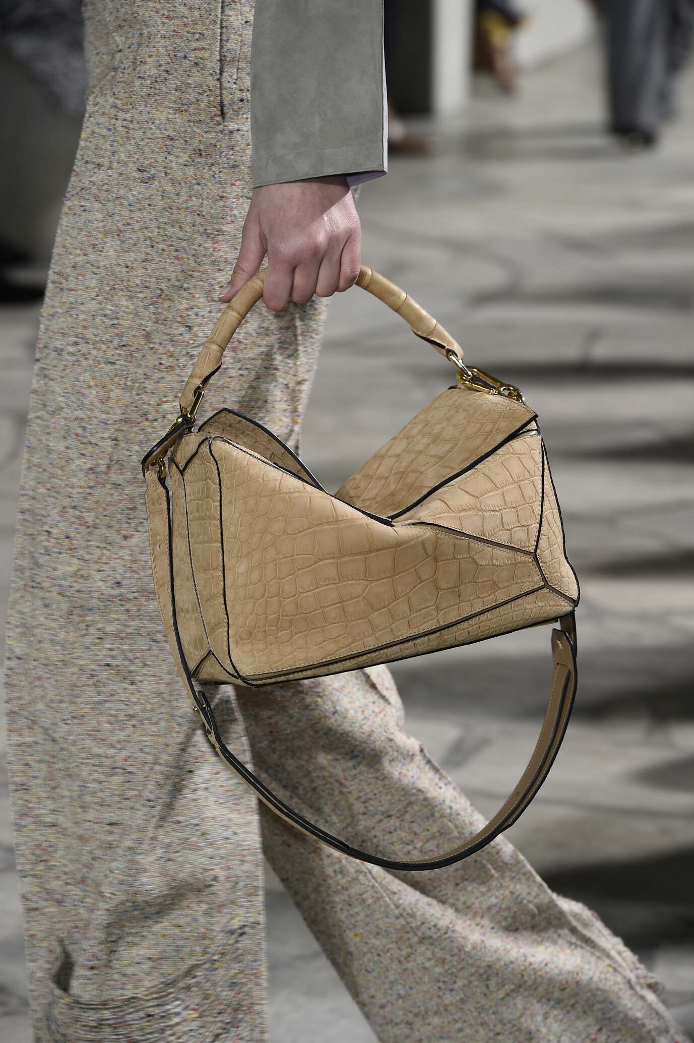 Fashion Show FW 2015 2016 Loewe Bag Detail Womenswear