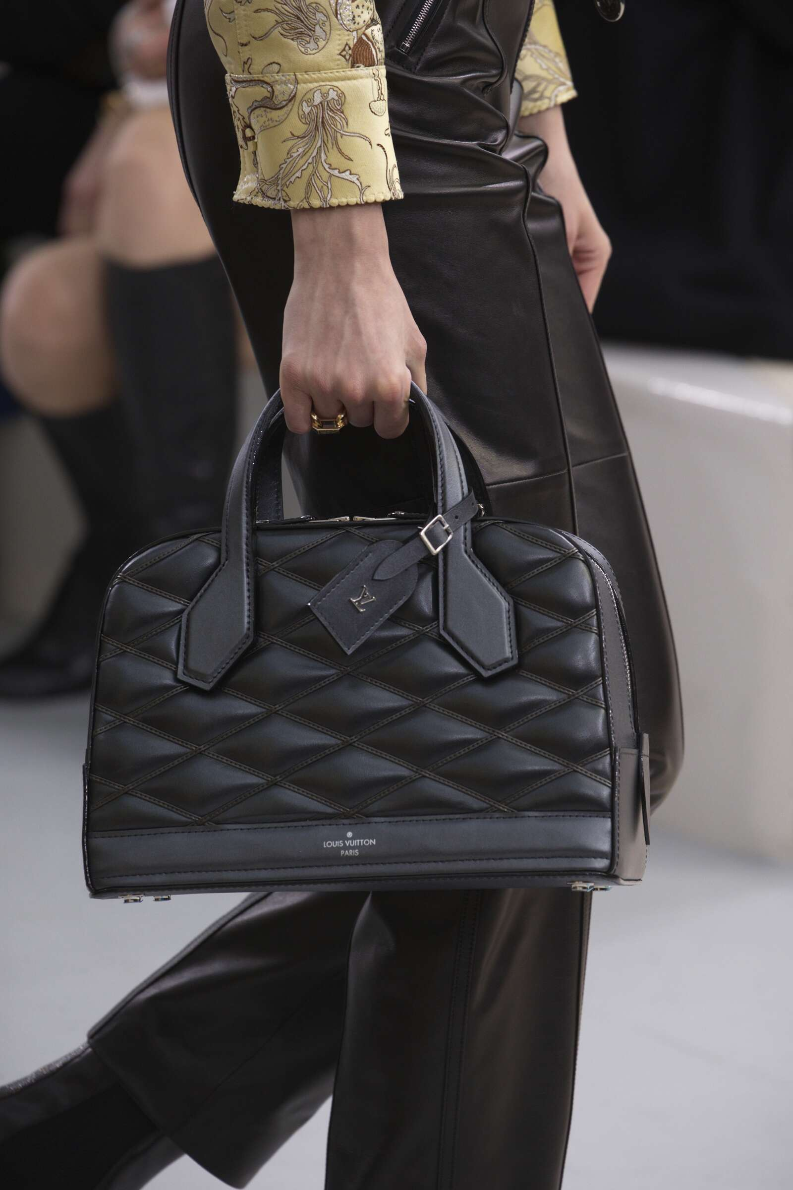 Fashion Show FW 2015 2016 Louis Vuitton Bag Details Womenswear