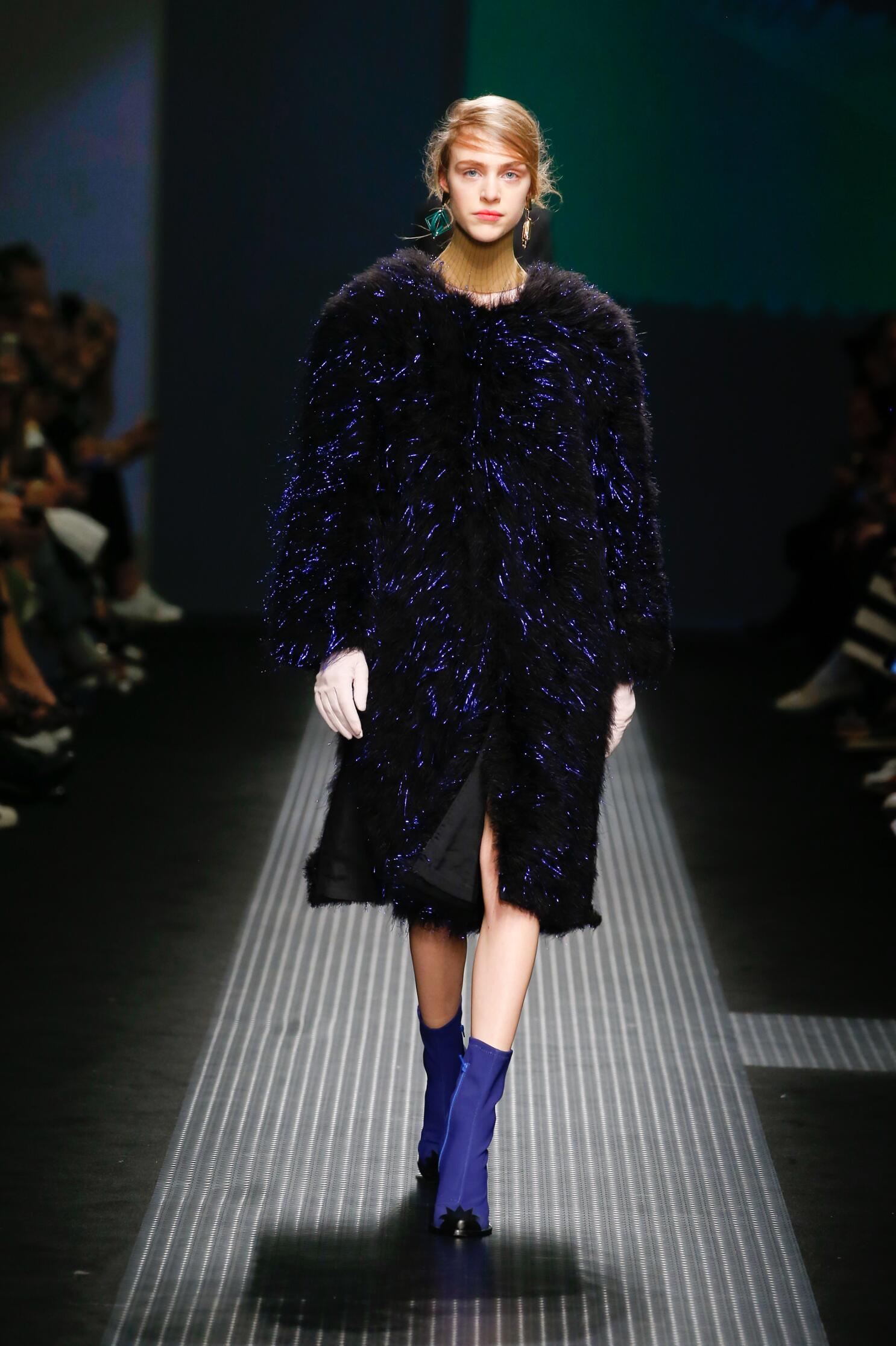 Fashion Show FW 2015 2016 Msgm Womenswear