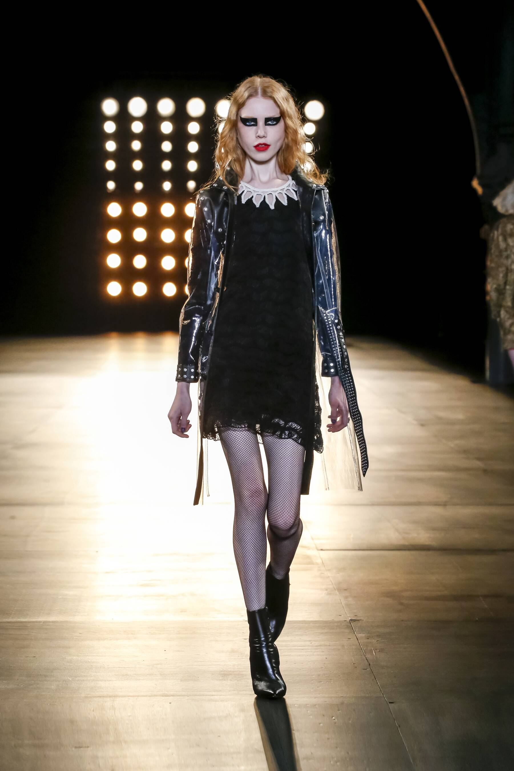 Fashion Show FW 2015 2016 Saint Laurent Womenswear