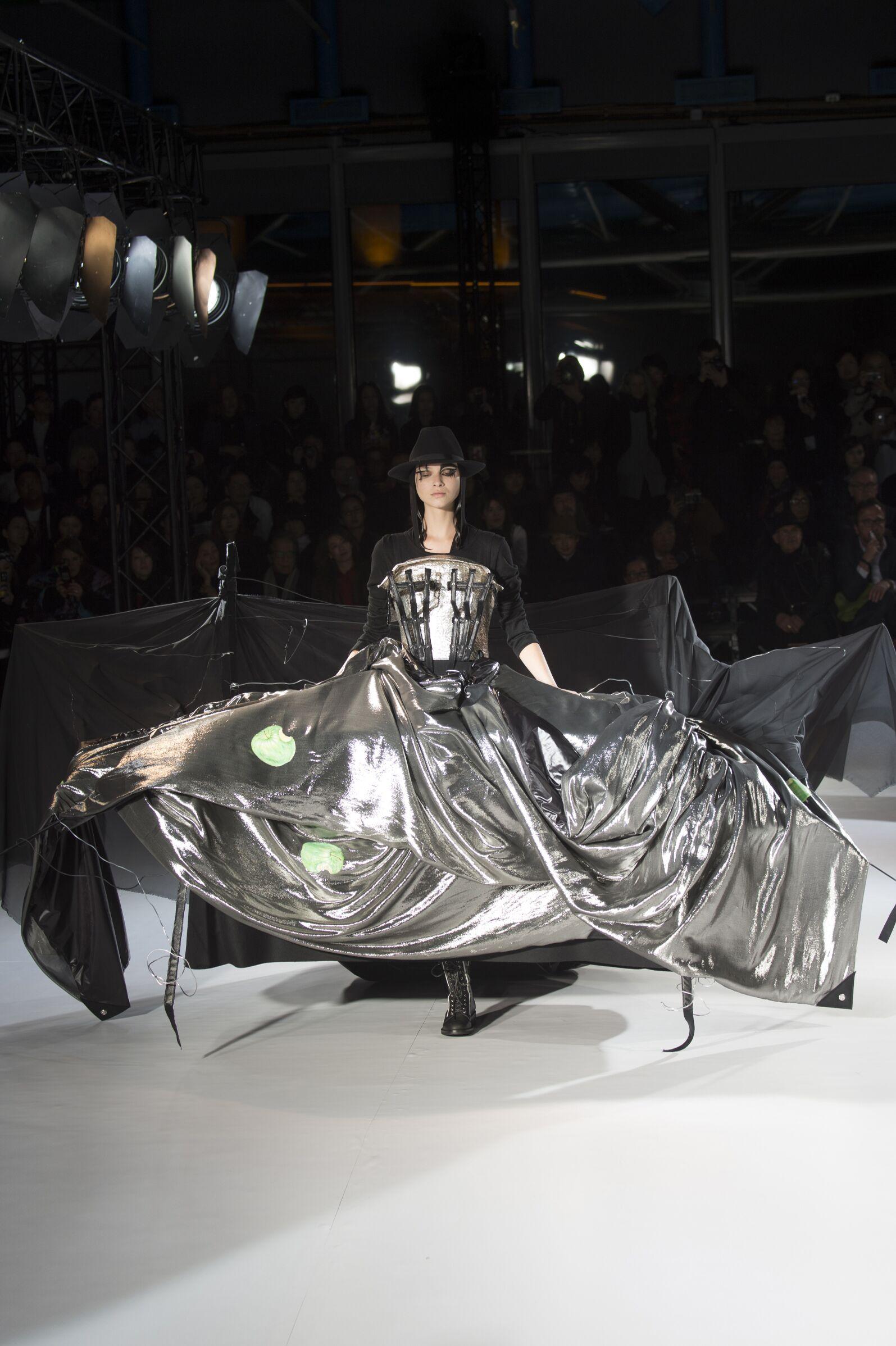 Fashion Trends Yohji Yamamoto