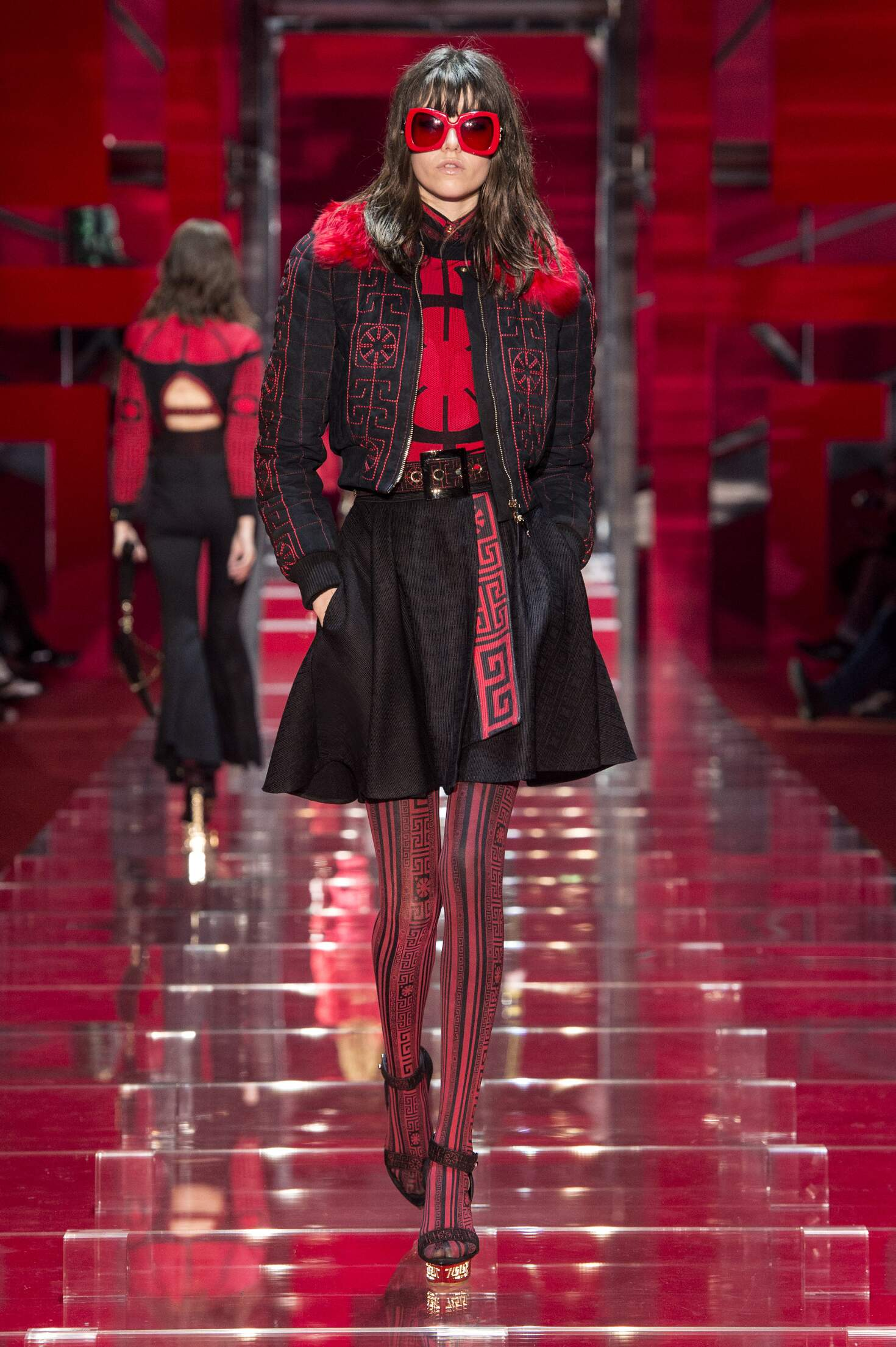 Fashion Woman Model Versace Collection Catwalk