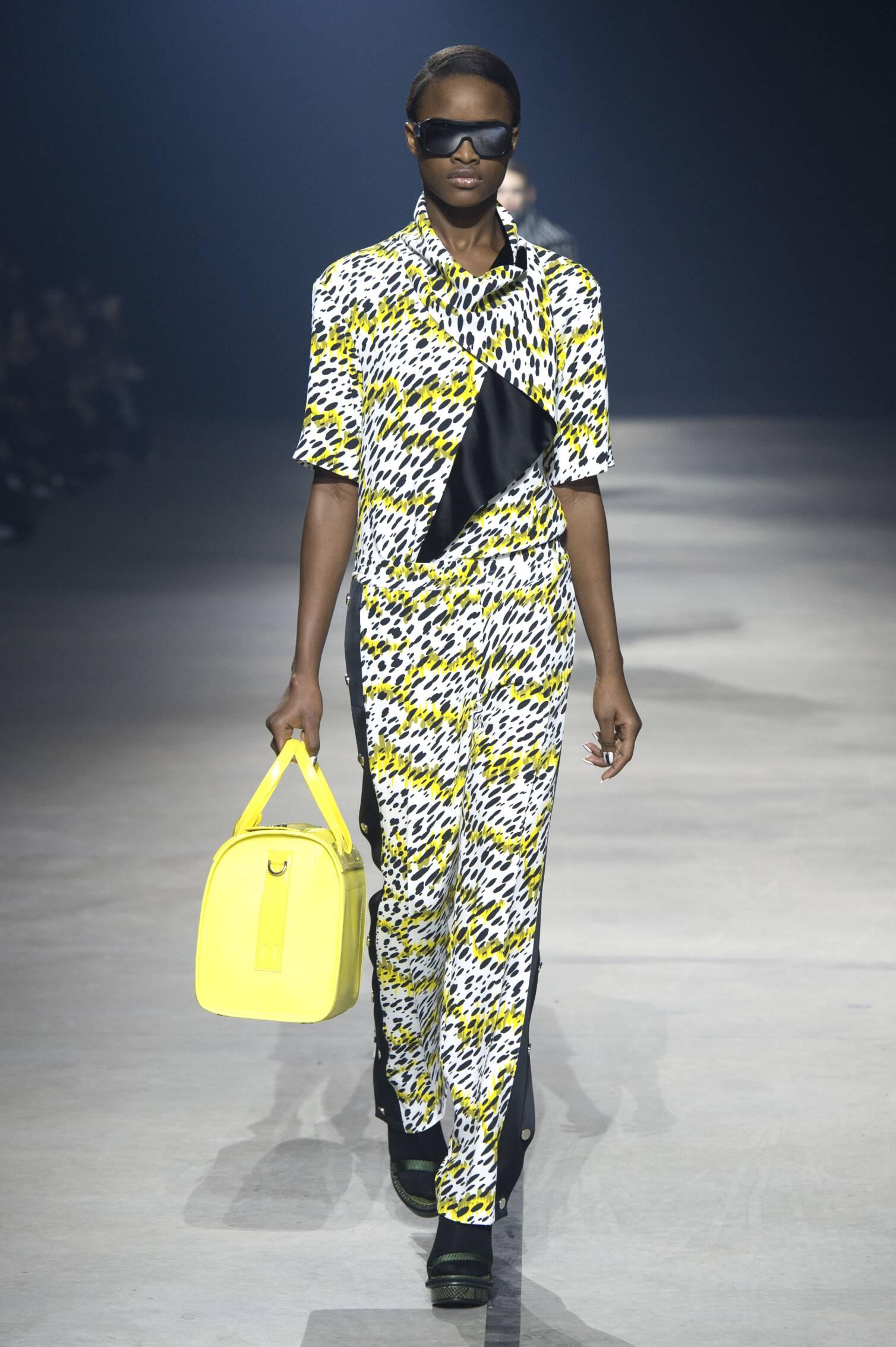 Fashion Women Models Kenzo Collection Catwalk