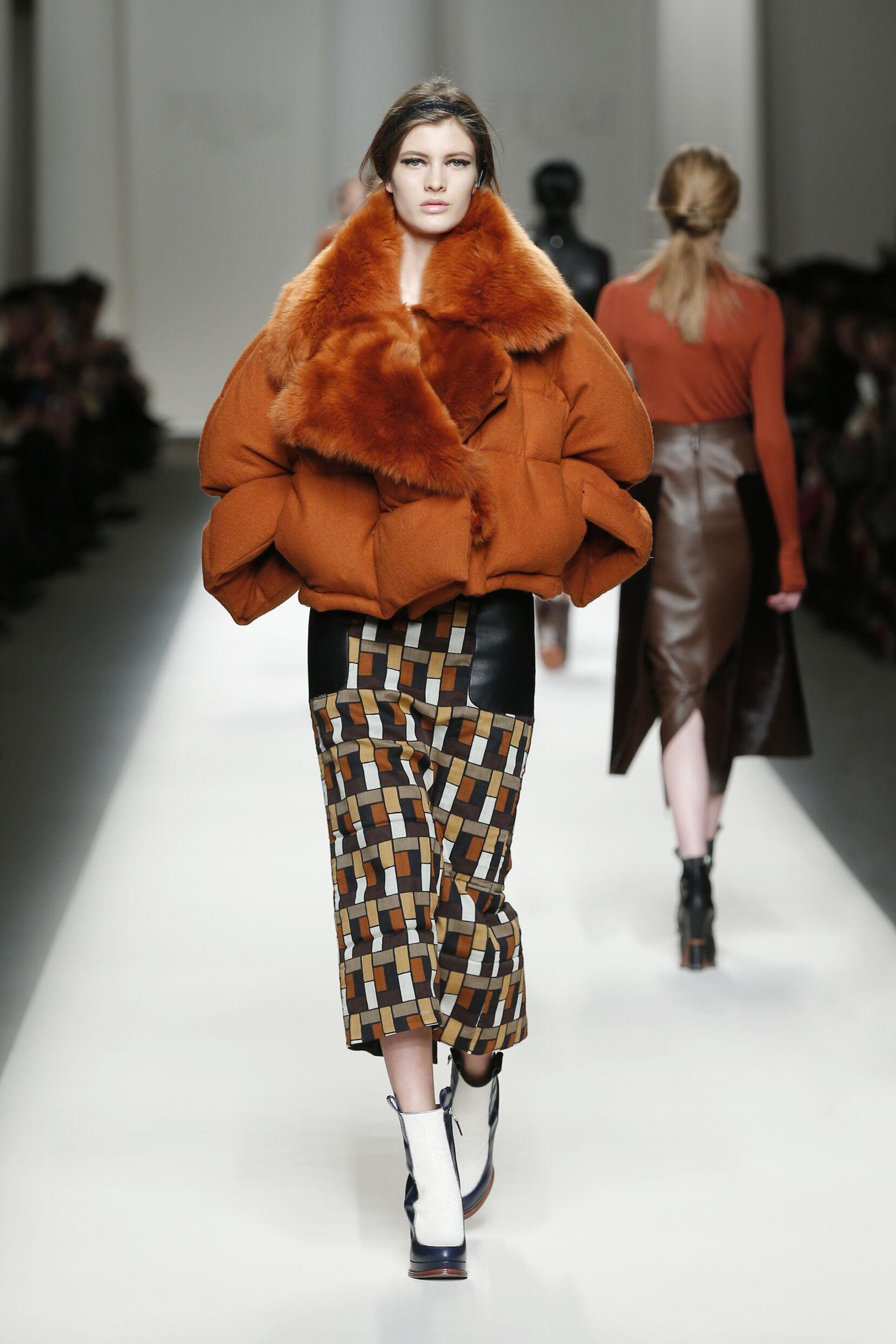 Fendi Collection Woman Milan Fashion Week
