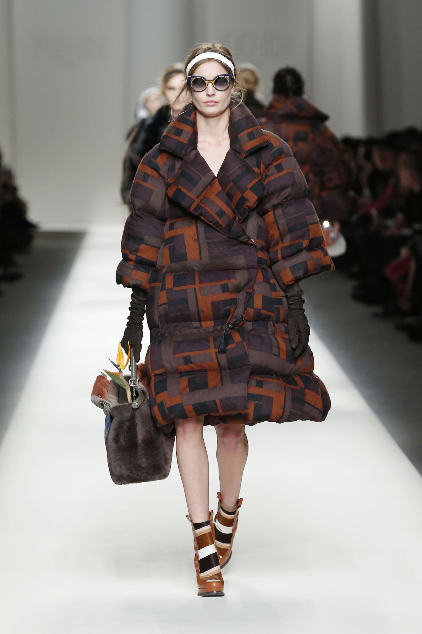Fendi Fall Winter 2015 16 Women's Collection Milan Fashion Week