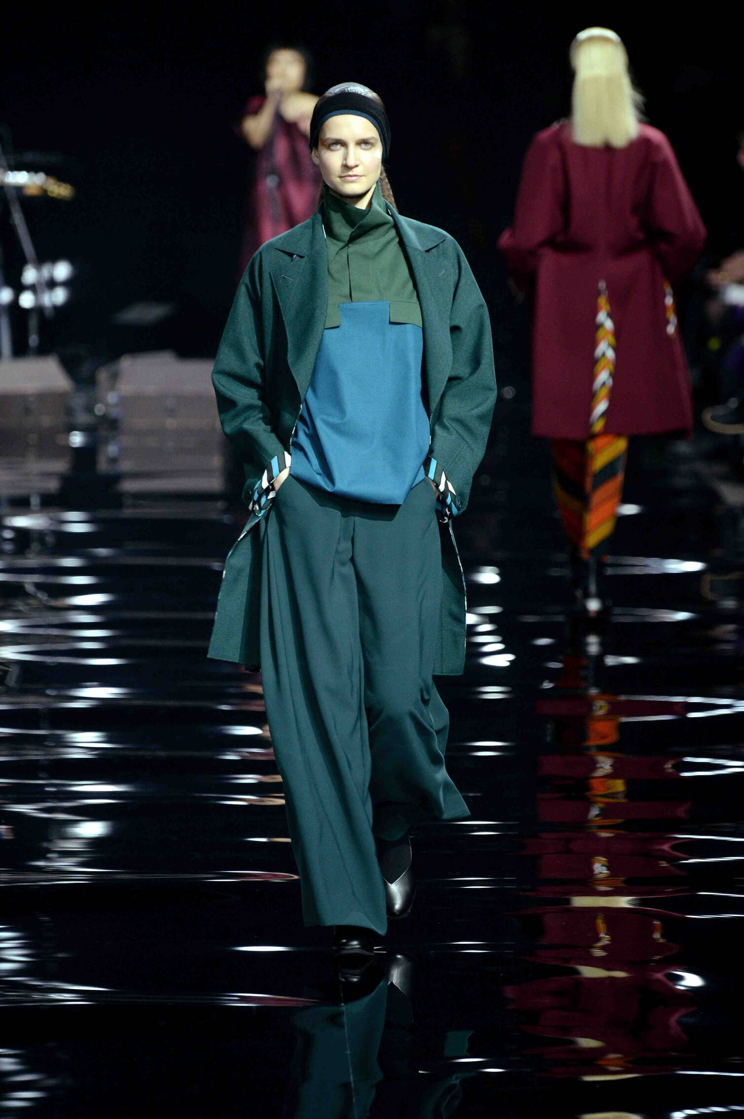 Issey Miyake Collection Paris Fashion Week Womenswear