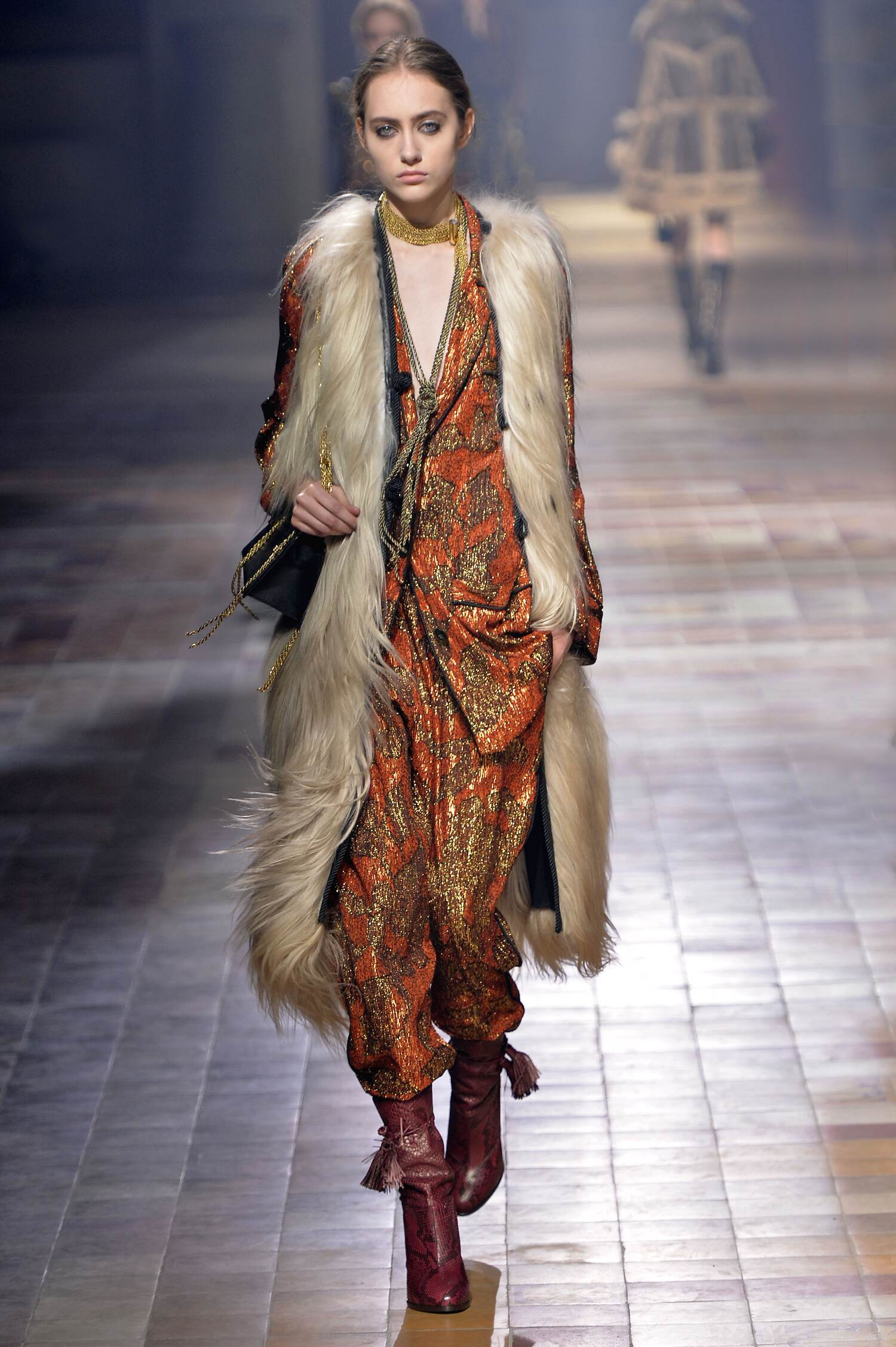 Lanvin Collection Winter 2015 Catwalk